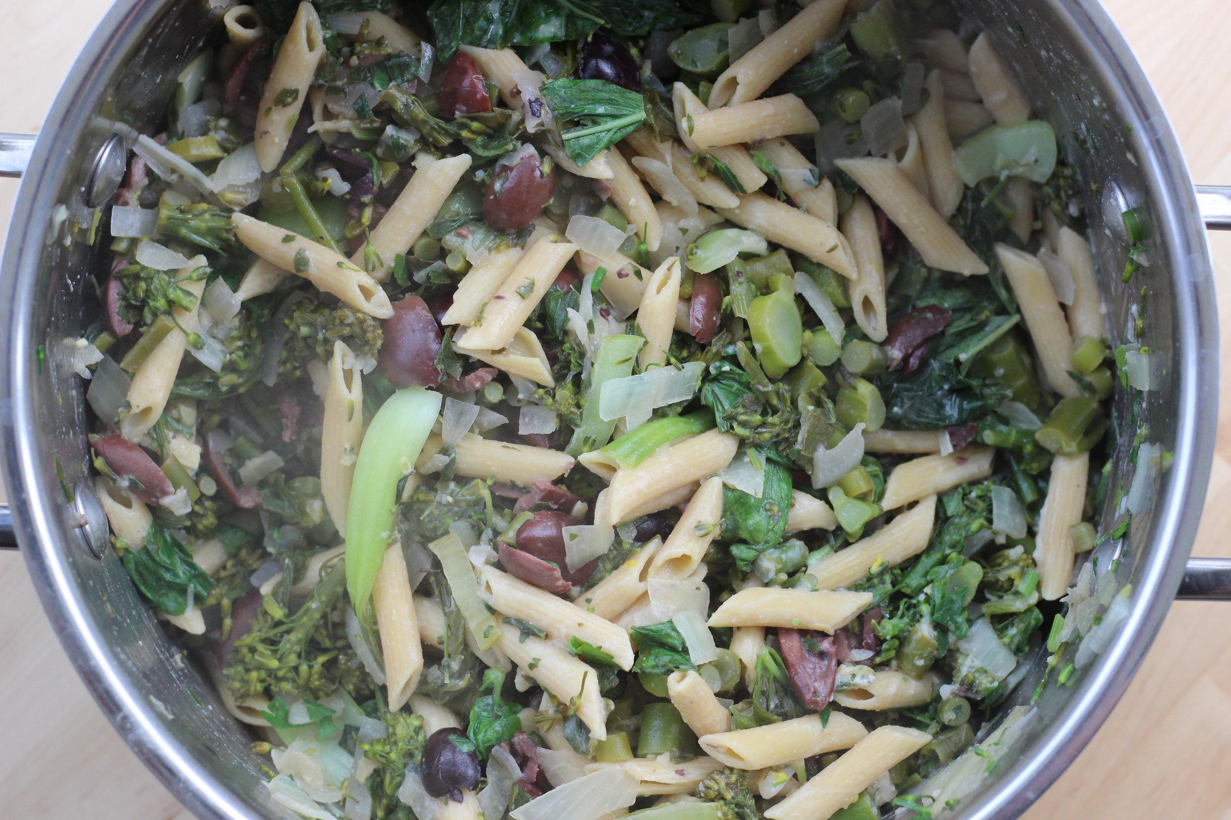 spring green penne pot 1.jpg