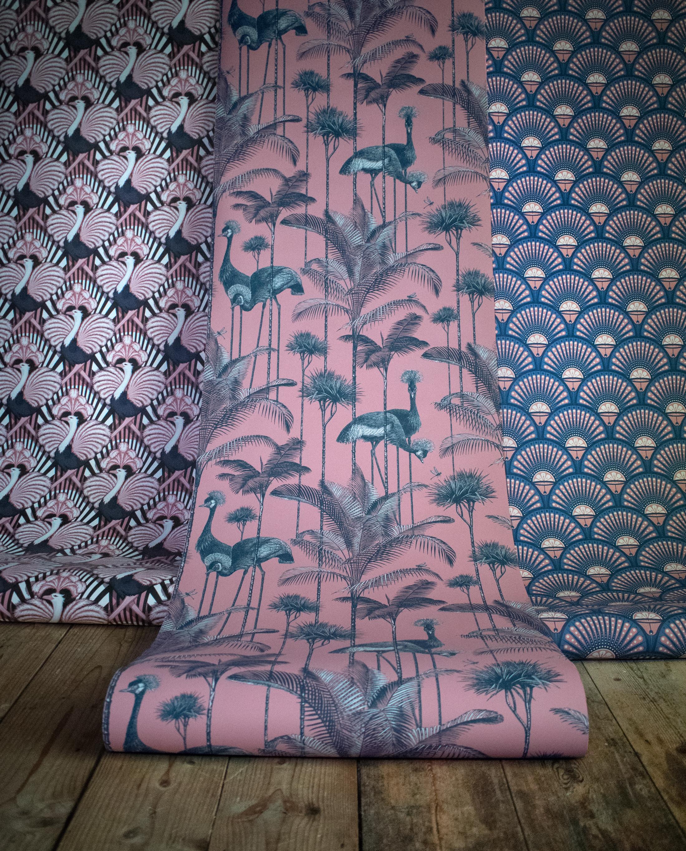 Zsa Zsa, Crane Fonda and DecoMartini are just three of the divine Savages wallpaper designs.