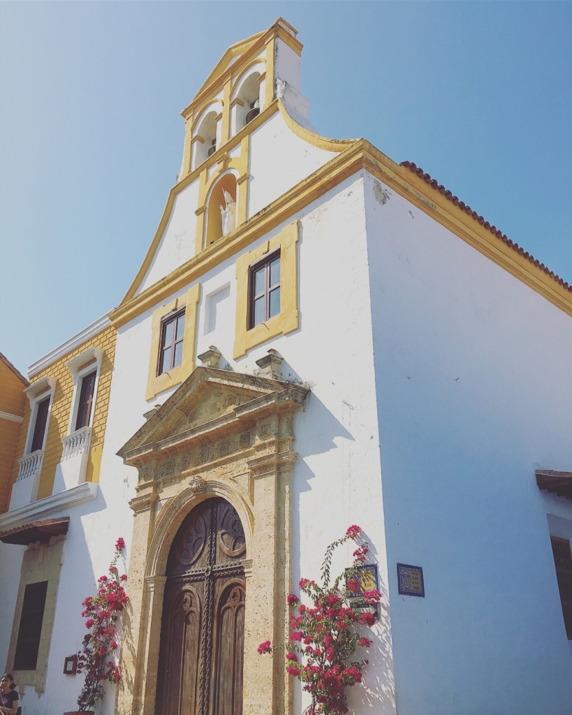 This place is not short on churches...  #cartagena   #walledcity   #oldtowncartagena   #colombia   #churches   #yearoftravel   #solofemaletravel   #travelblog   #pathunwritten