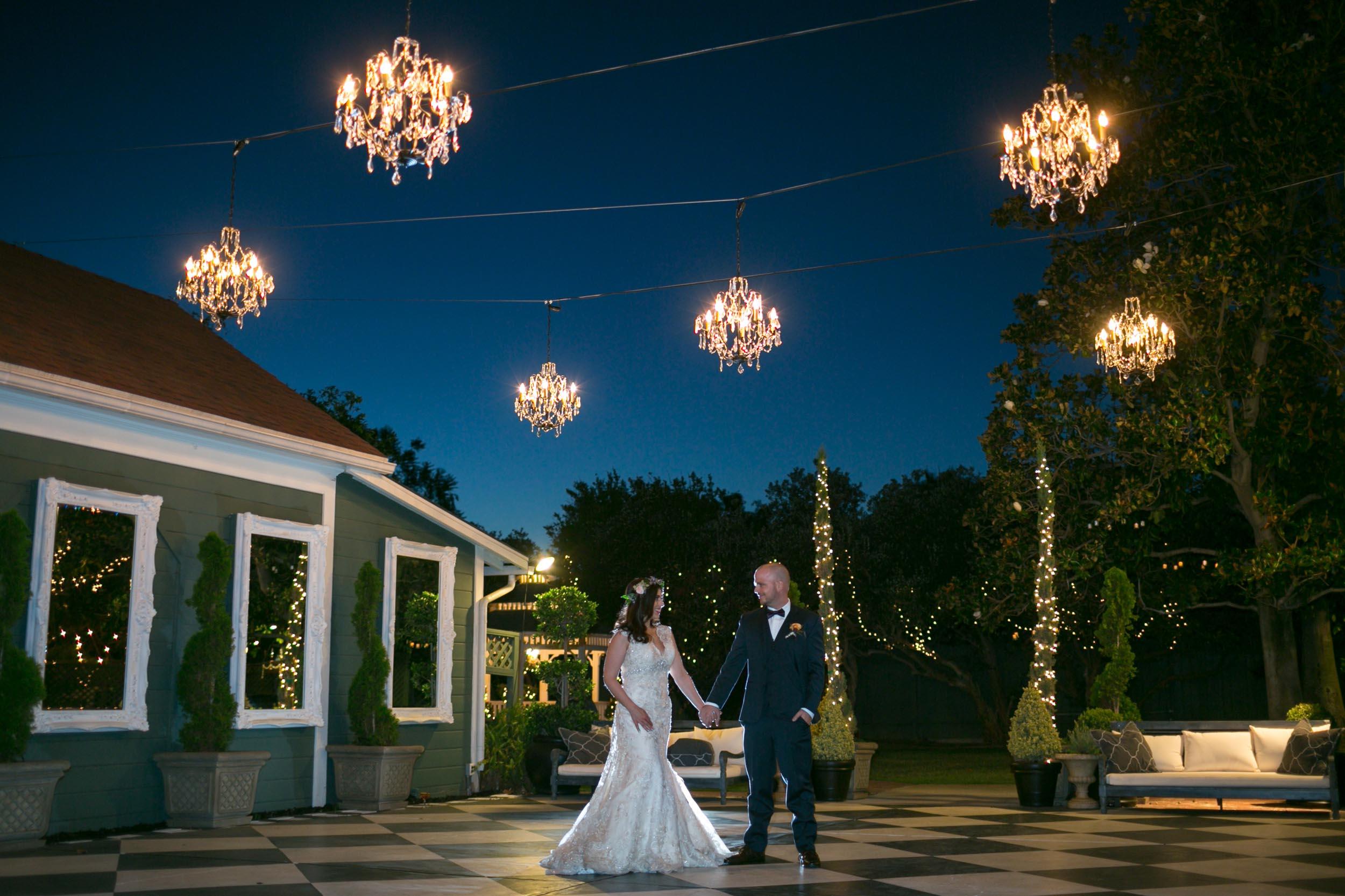 christmas-house-inn-wedding-venue-dancing-gallery-10.jpg