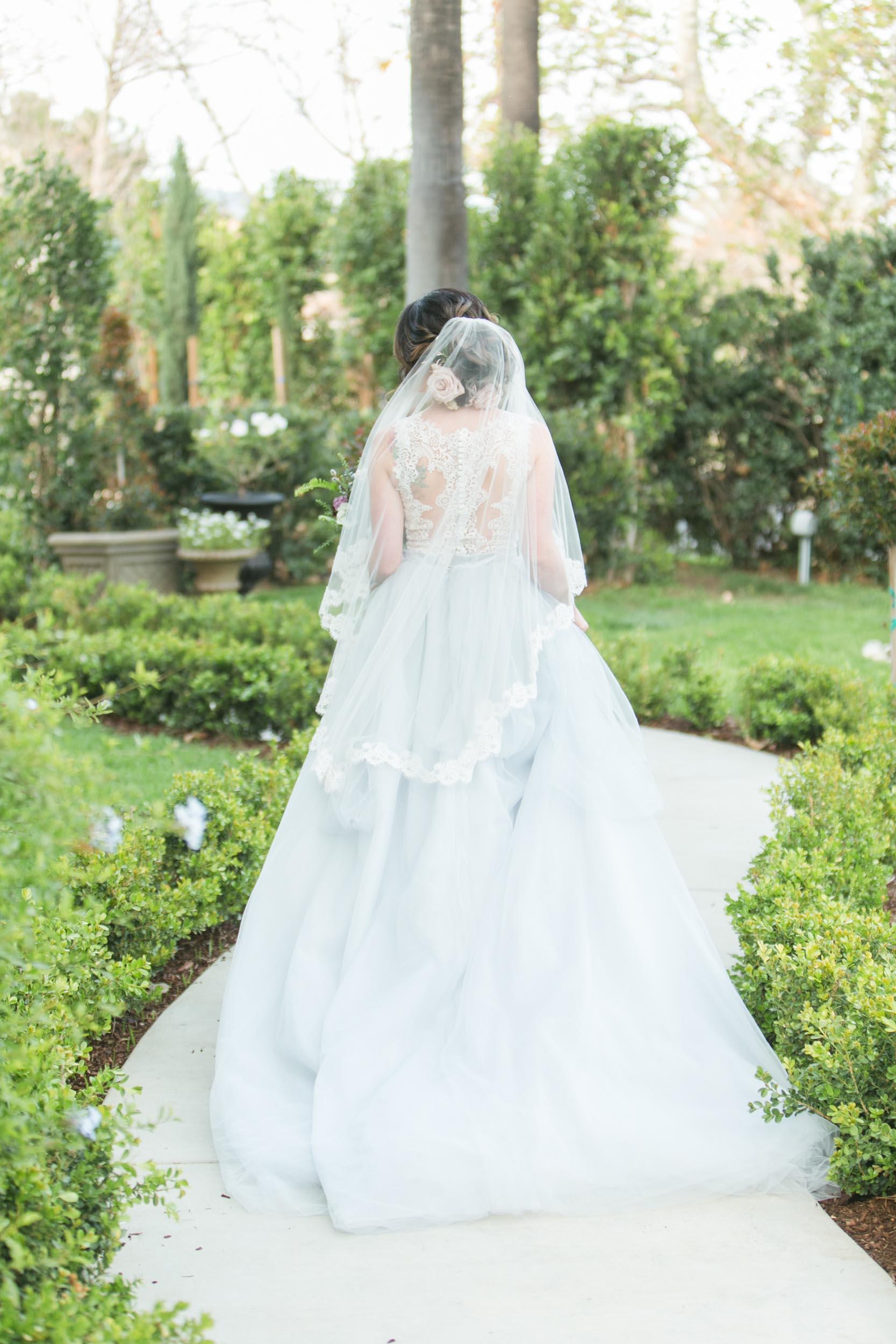 christmas-house-wedding-venue-white-garden-bridal-portraits-carrie-vines-050.jpg