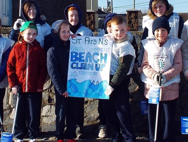 Beach clean 004 (640x483).jpg