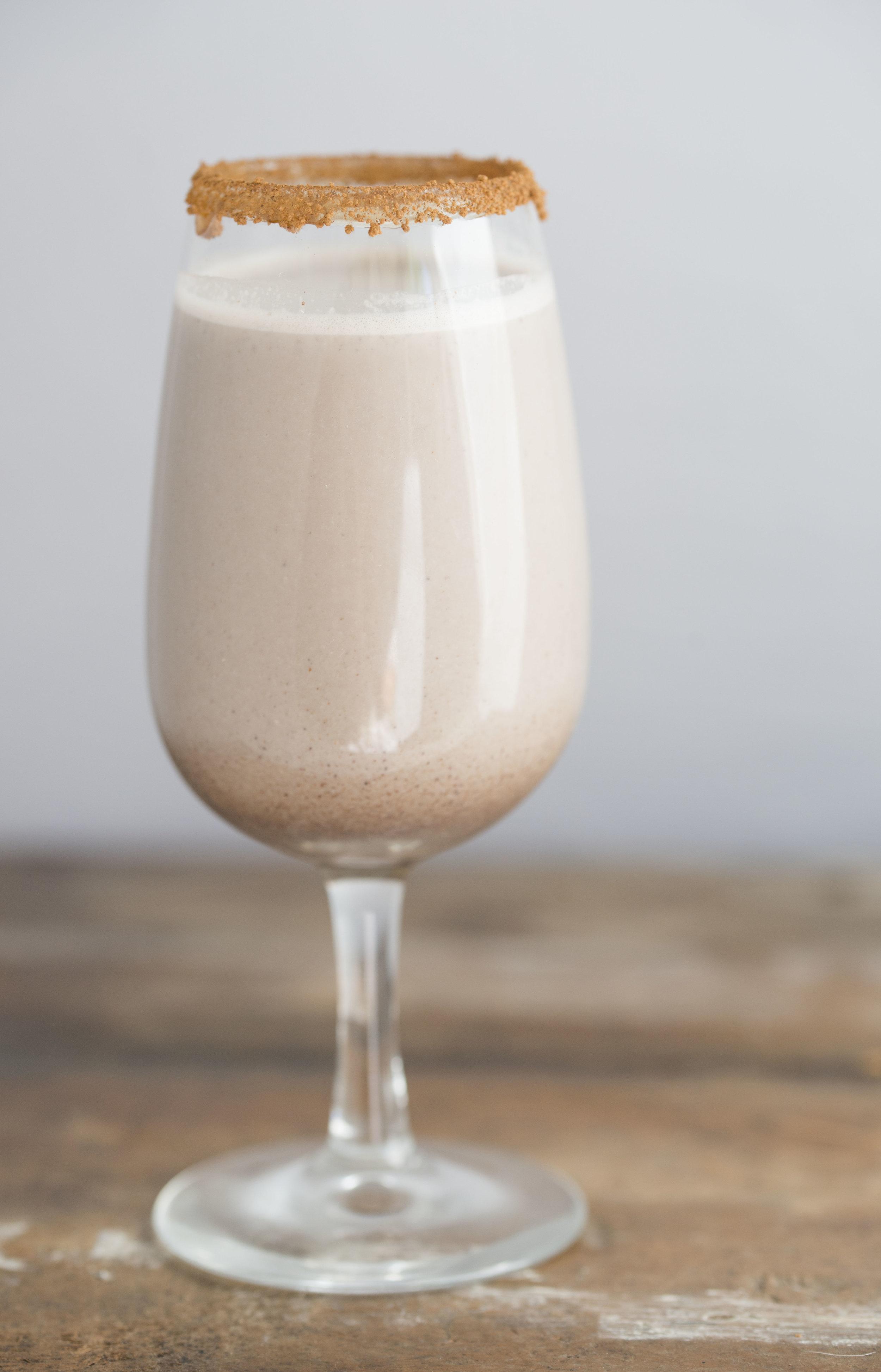 mixed-and-measured-raw-chocolate-cashew-milk-3.jpg