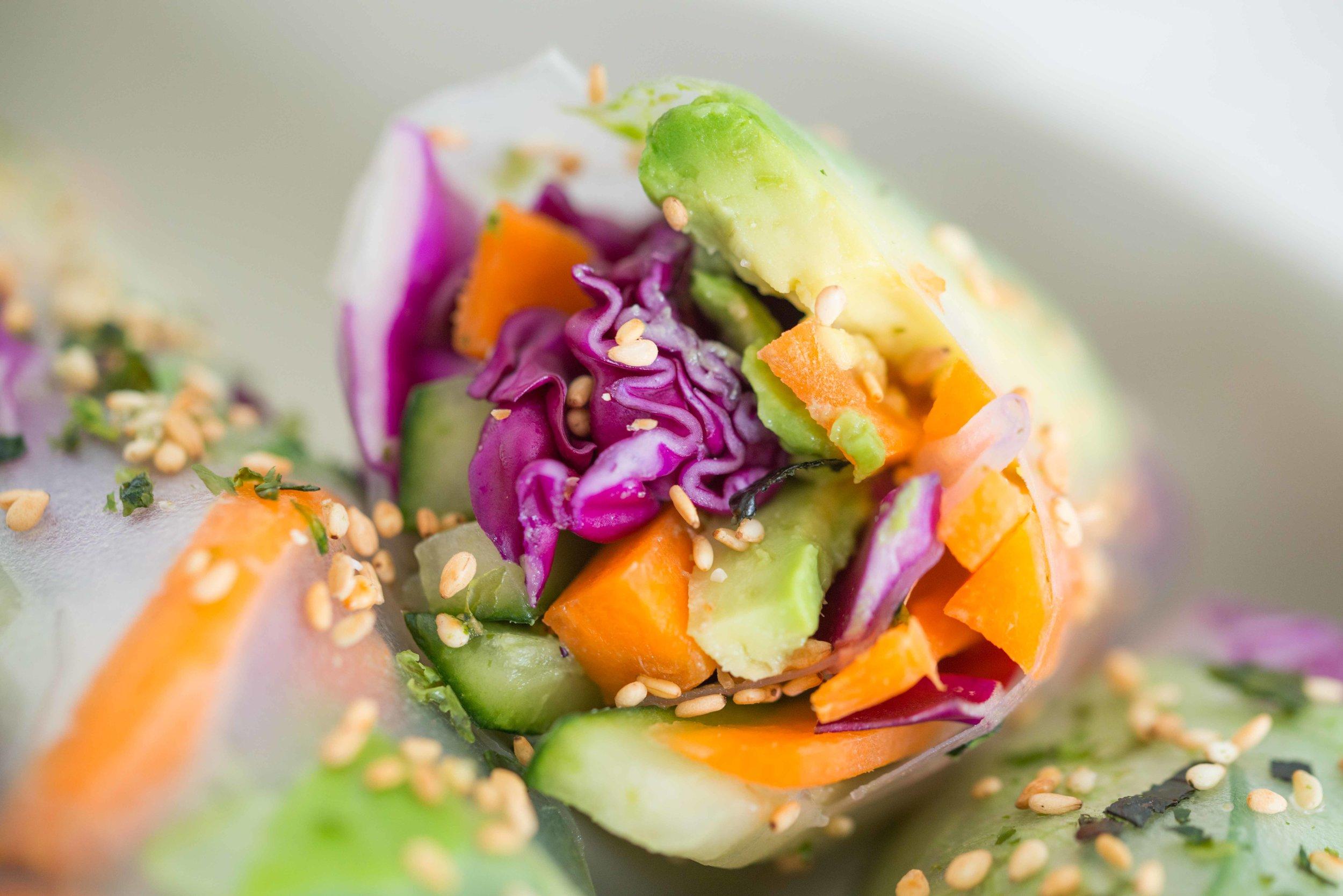 DSC_6448_Riley_Yahr_Vegetable_Spring_Rolls_Peanut_Sauce.jpg