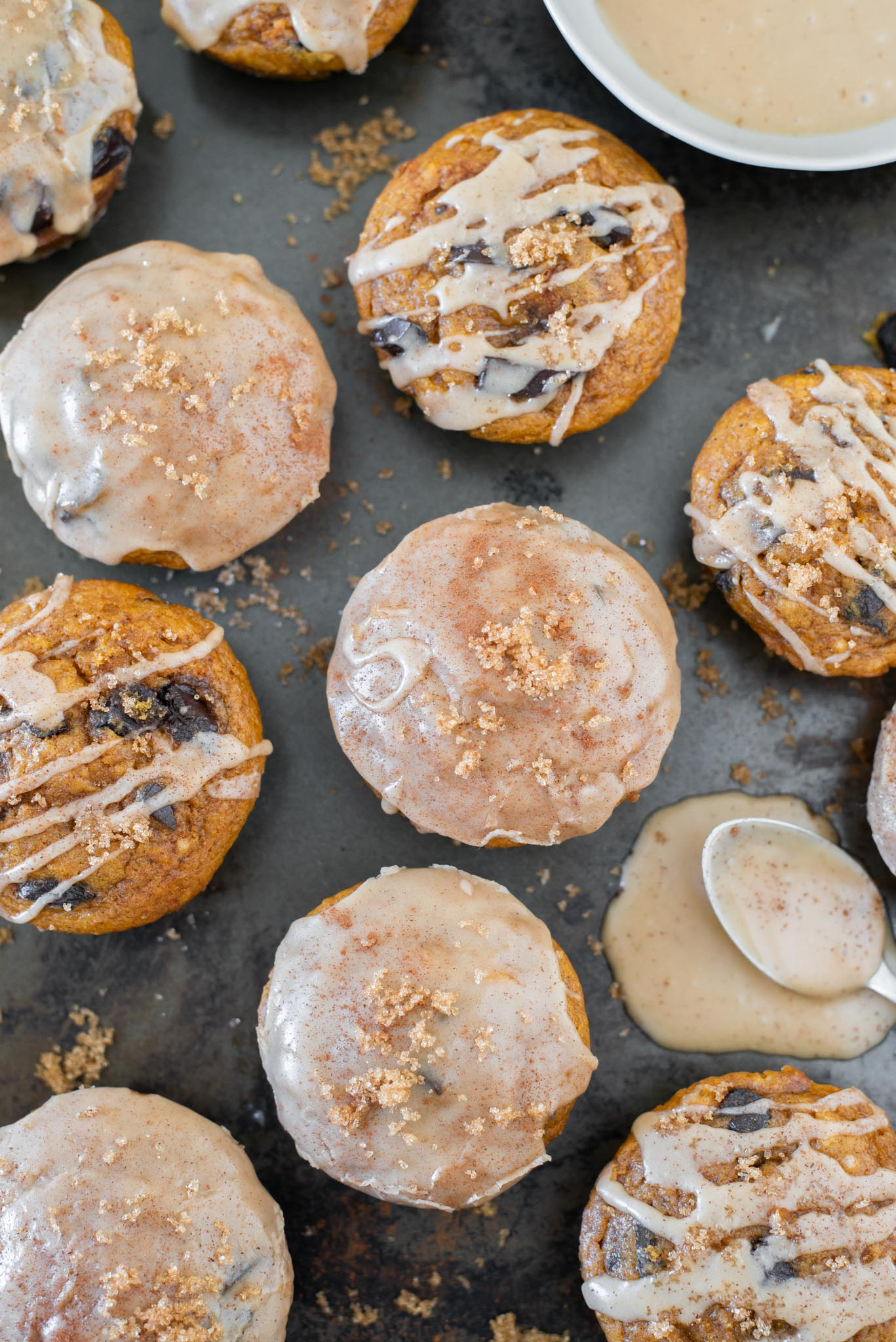 Mixed_And_Measured_Vegan_Pumpkin_Muffins