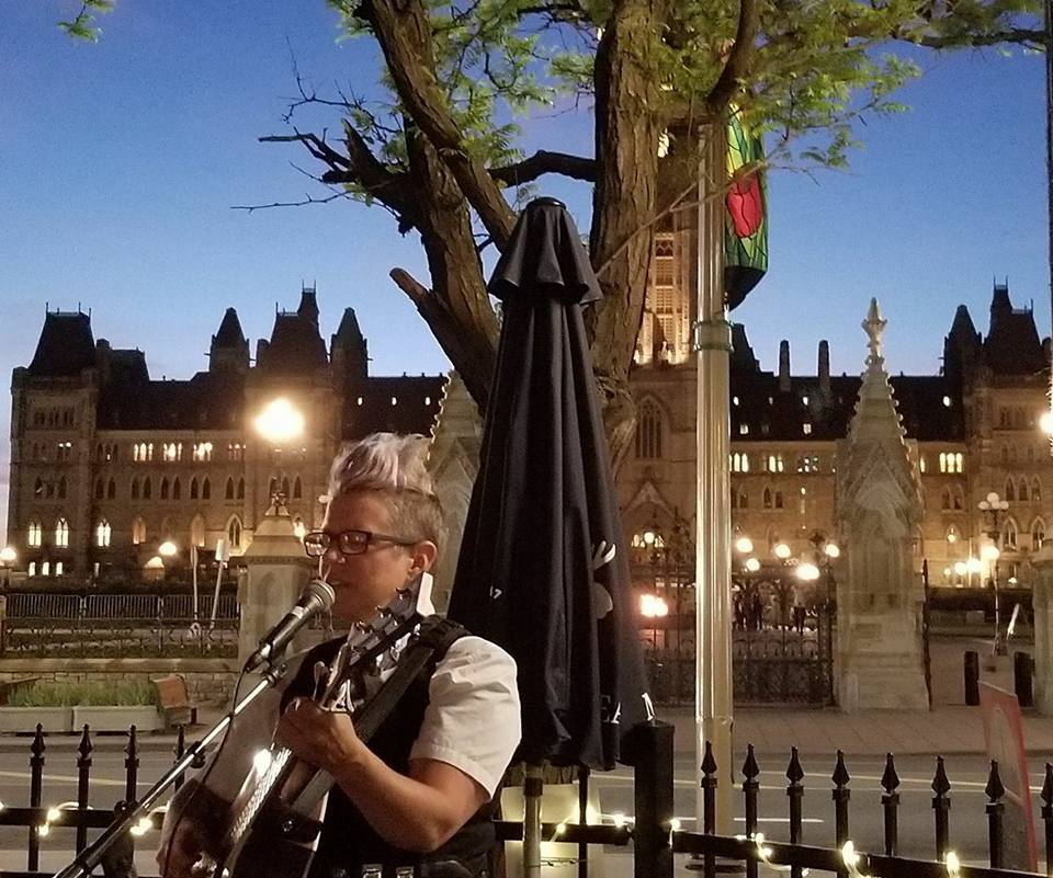 Singer-Songwriter and Queer educator Kate Reid plays for a loving audience at Ottawa's Parliament Pub in a free all-ages benefit concert in support of the Morgane Oger Foundation's human rights legal fund.