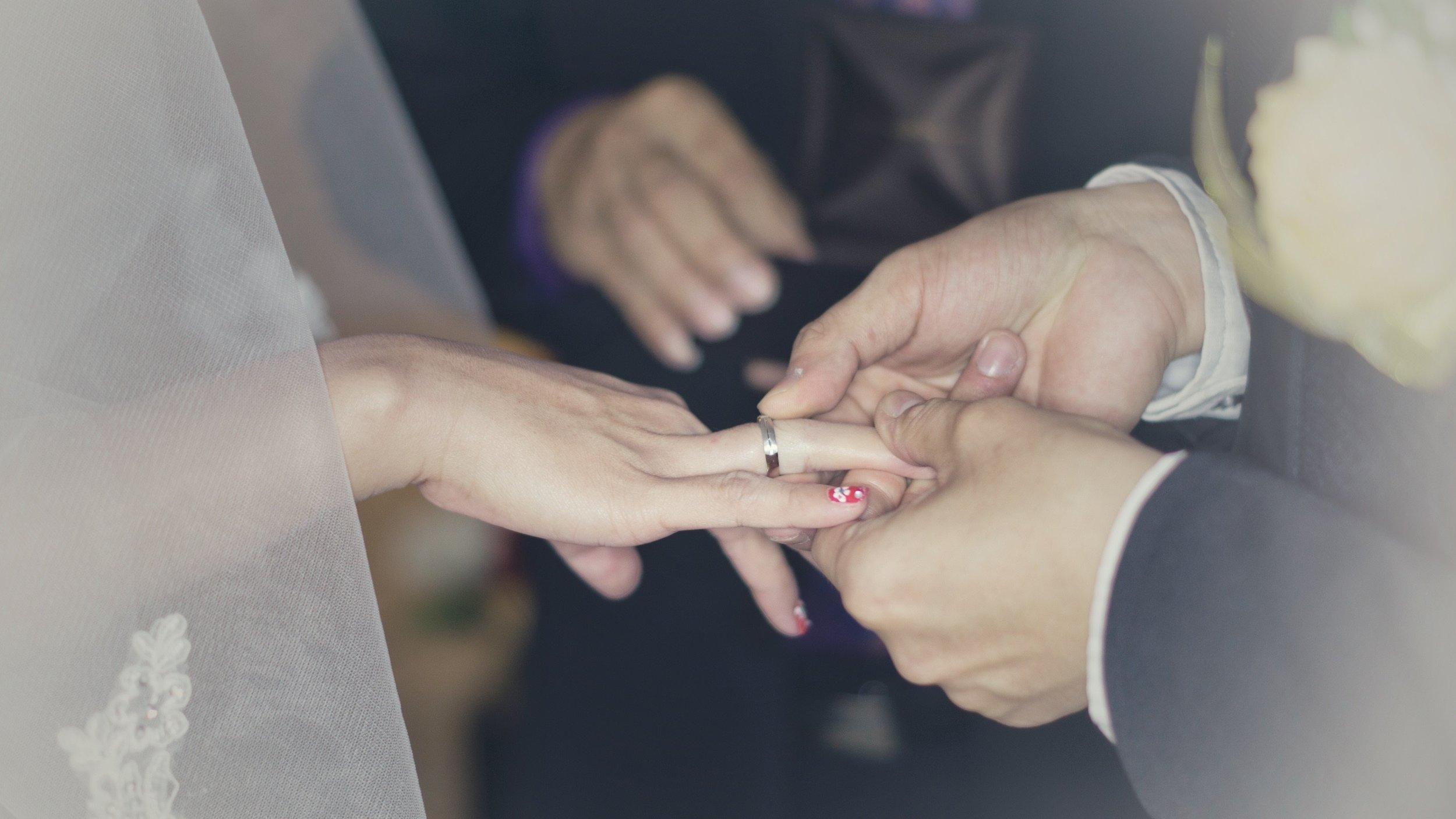 wedding-2788214.jpg