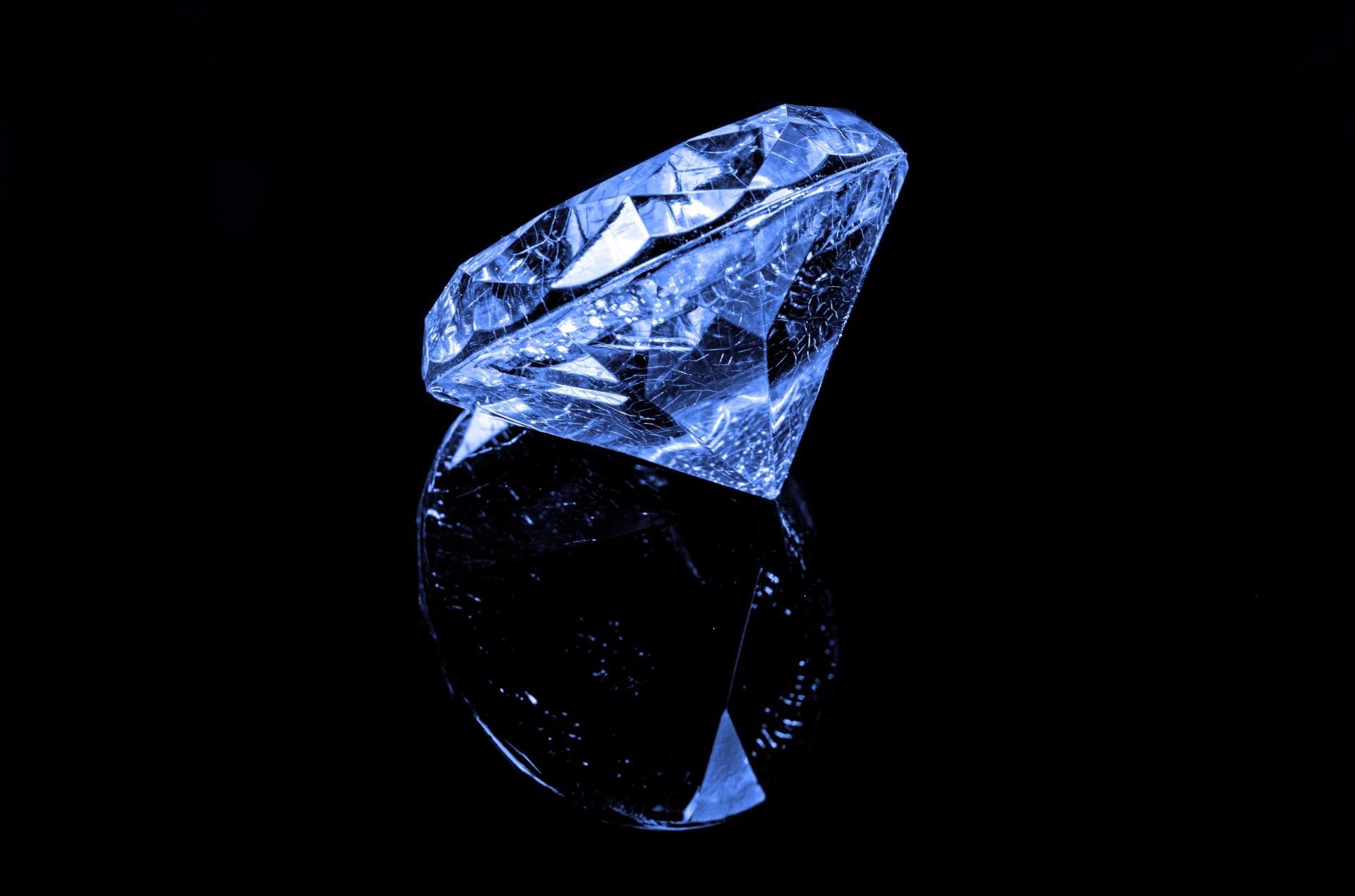 diamond-316611.jpg