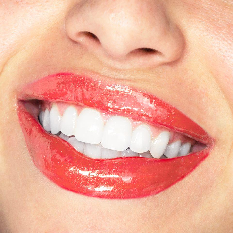 Pomegranate Lipsense lip color.jpg
