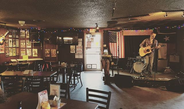 Just starting at our venue of the day, giddy ups in South Austin... We are on at three... This place is legit!