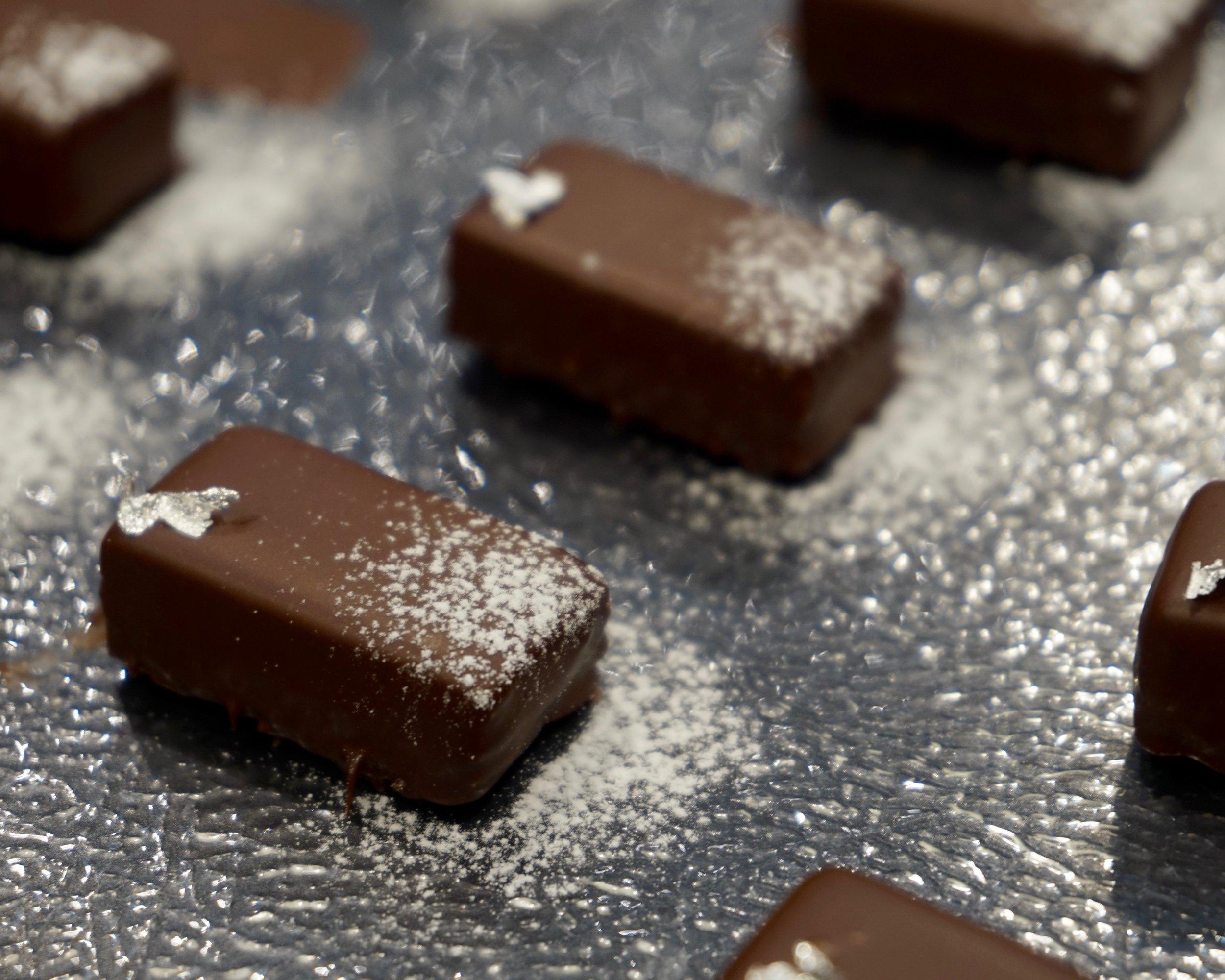 Chocolate bonbons with sake kasu made by Gusta Cooking Studio
