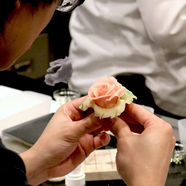 We had the pleasure of hosting bean paste craft flower classes by Sandy of @fleur.allure the last weekend.  Albeit bean paste being a new medium, the students worked hard to bring these flowers to life.  Aren't they amazing? . . . #gustacooking #markhamclass #torontoclass #cakedecorating #torontocakes #markhamcakes #cakedecoration #cakedecorator #beanpaste #beanpasteflower #beanpastecraft #craftflowers #beanpasterose #igerstoronto #torontoeats #markhamfood #markhameats #torontofood #torontocakeartist