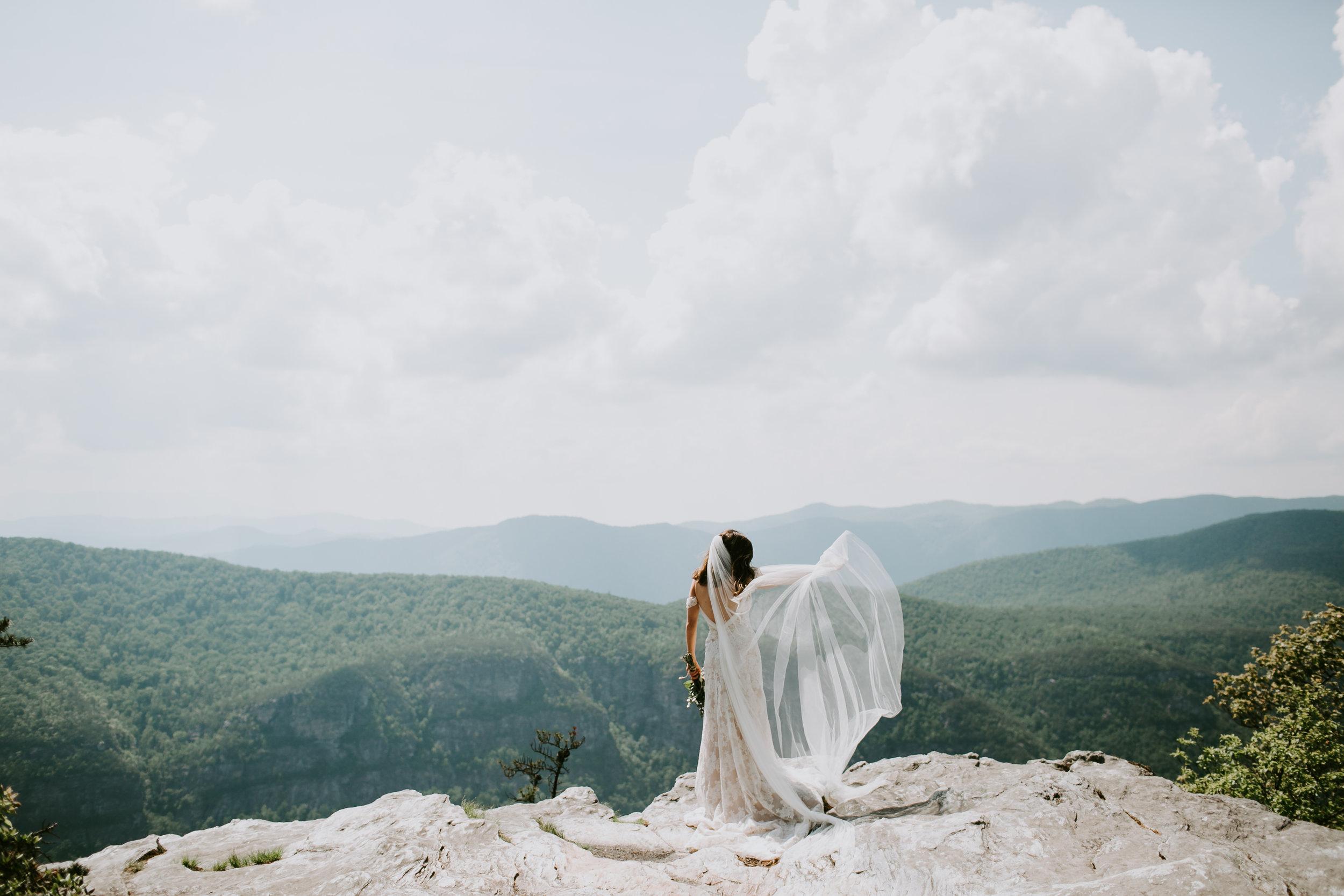 The-Chimneys-Bridal-Portrait-20.jpg