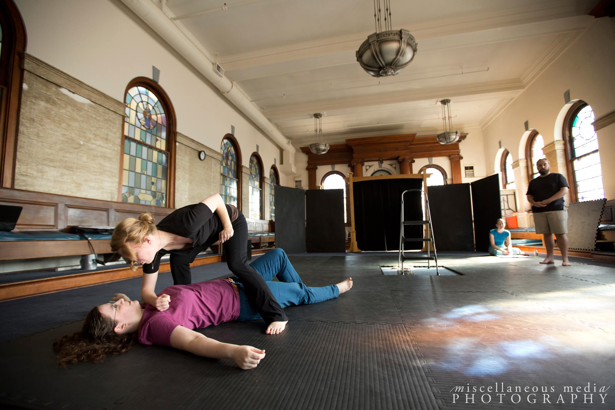 Romeo & Juliet  for Turning Glass Shakespeare -- rehearsal  Romeo: Nicola Collett Mercutio: Amy Simpson Grubbs  Photographer:  Lindsay Walters
