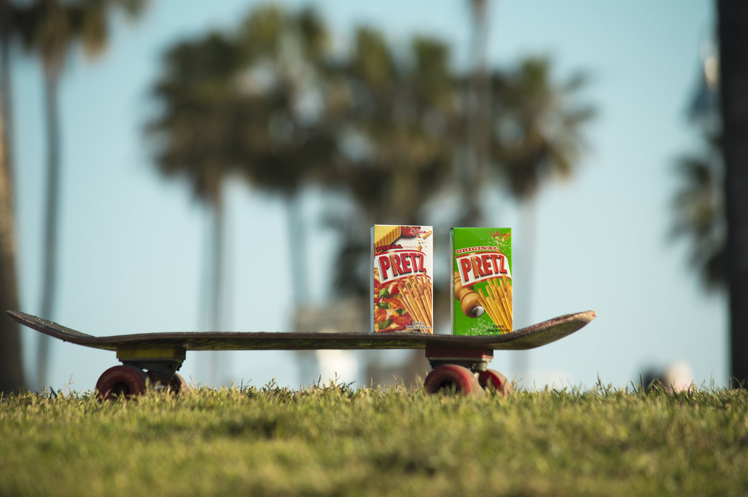 Wide Skateboard_Pretz_og+pizza.jpg