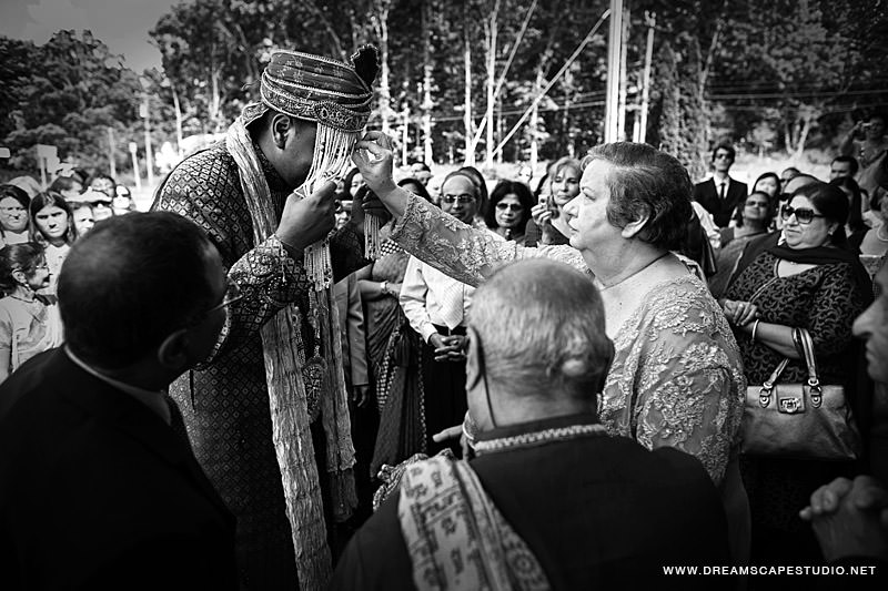 CT_Wedding_Photography_Laura_Arvind_2012_09.jpg