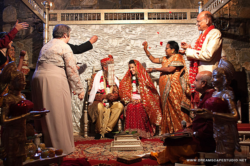 CT_Wedding_Photography_Laura_Arvind_2012_14.jpg