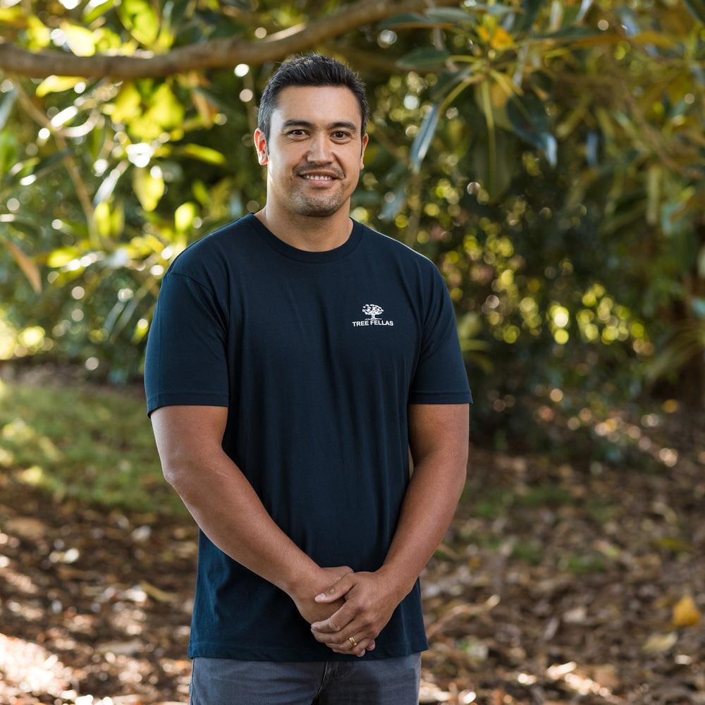 Wayne - Qualified Arborist, 15 years experience