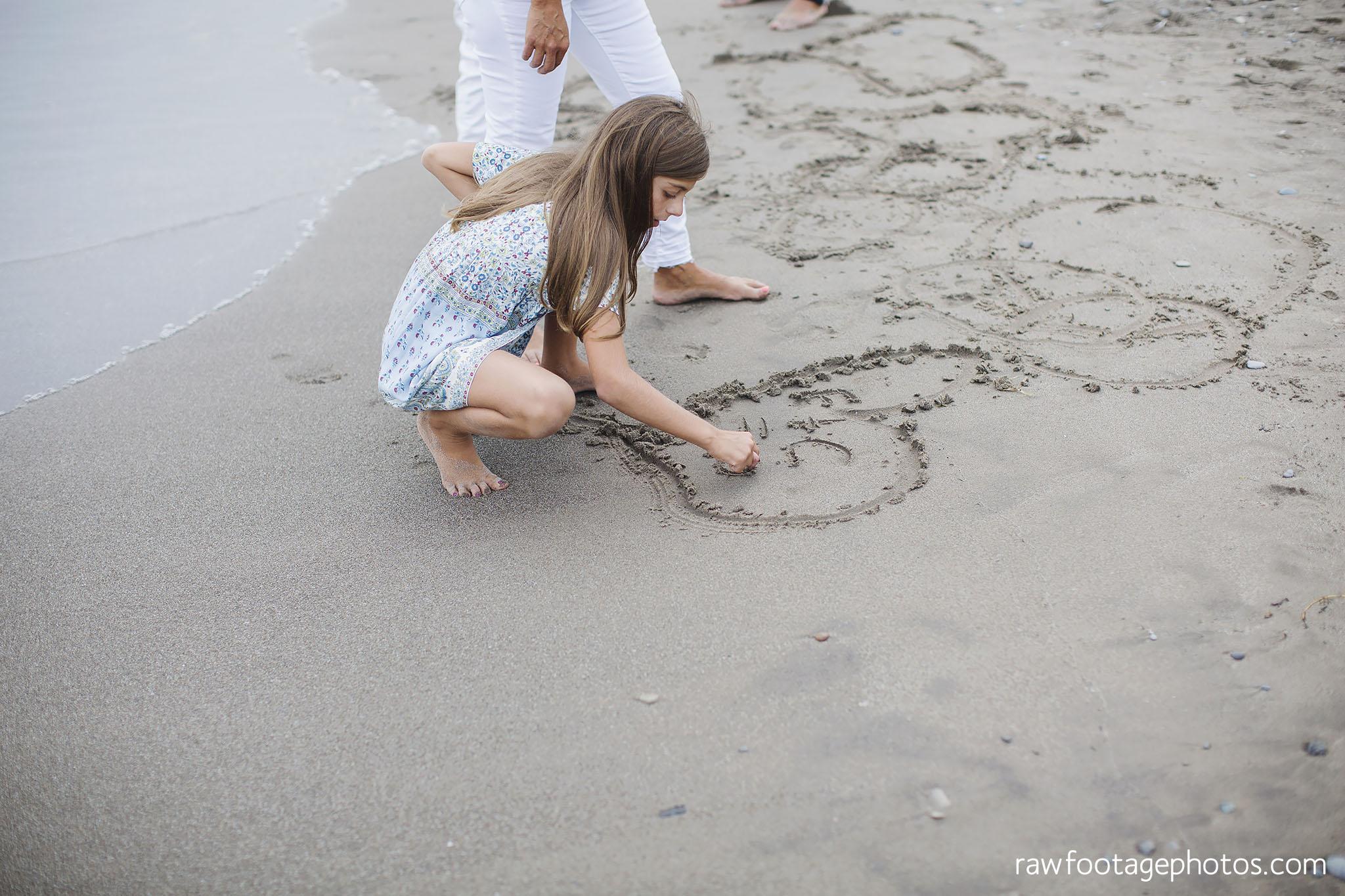 London_ontario_family_photographer_beach_photos038_1.jpg