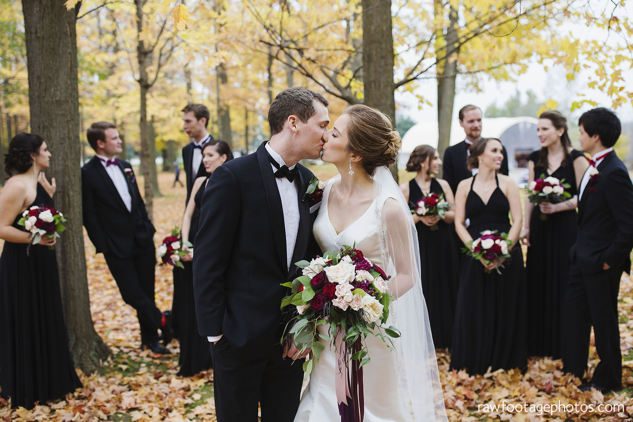 london_ontario_wedding_photos-fall_wedding_photography-raw_footage_photography-elm_hurst_inn_wedding025.jpg