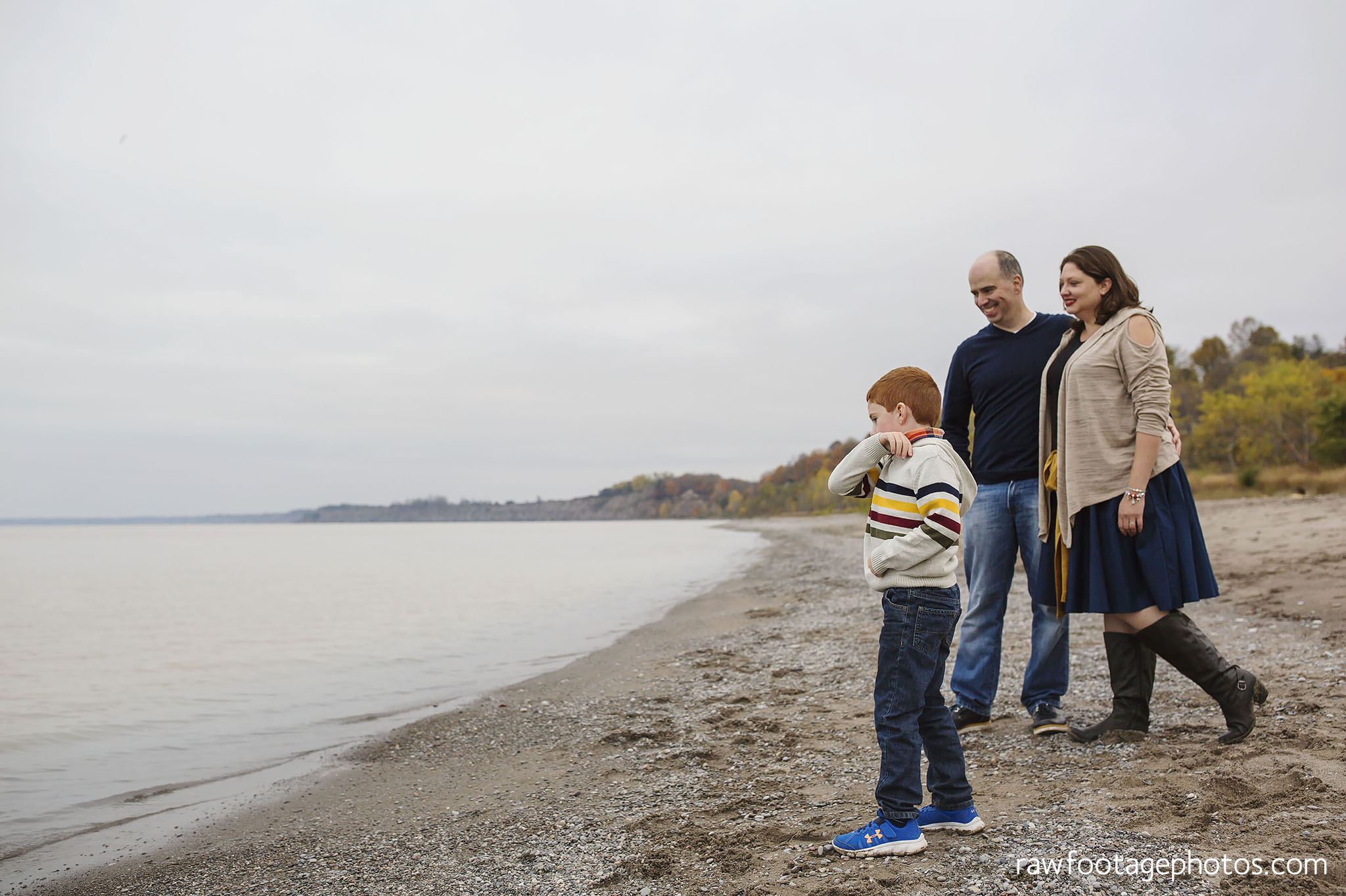 london_ontario_family_photographer-port_stanley_photography-raw_footage_photography-family_photos-beach_photos-fall_family_photos-lifestyle_family_photography-candid_photographer005.jpg