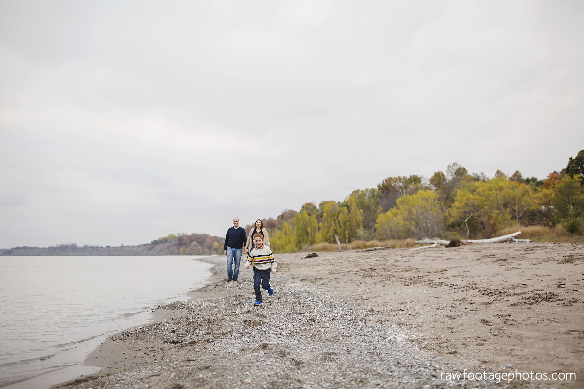 london_ontario_family_photographer-port_stanley_photography-raw_footage_photography-family_photos-beach_photos-fall_family_photos-lifestyle_family_photography-candid_photographer012.jpg