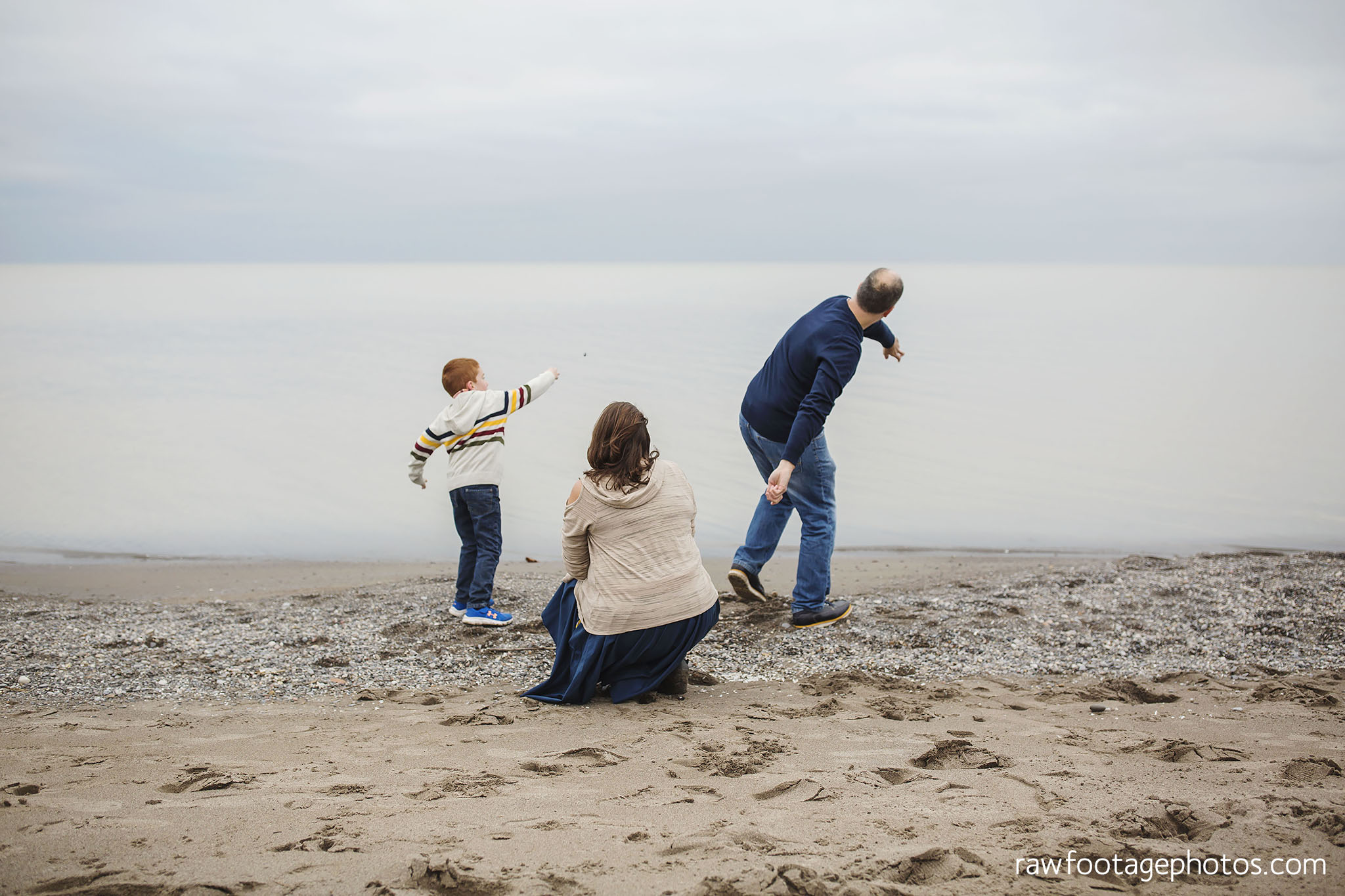 london_ontario_family_photographer-port_stanley_photography-raw_footage_photography-family_photos-beach_photos-fall_family_photos-lifestyle_family_photography-candid_photographer023.jpg