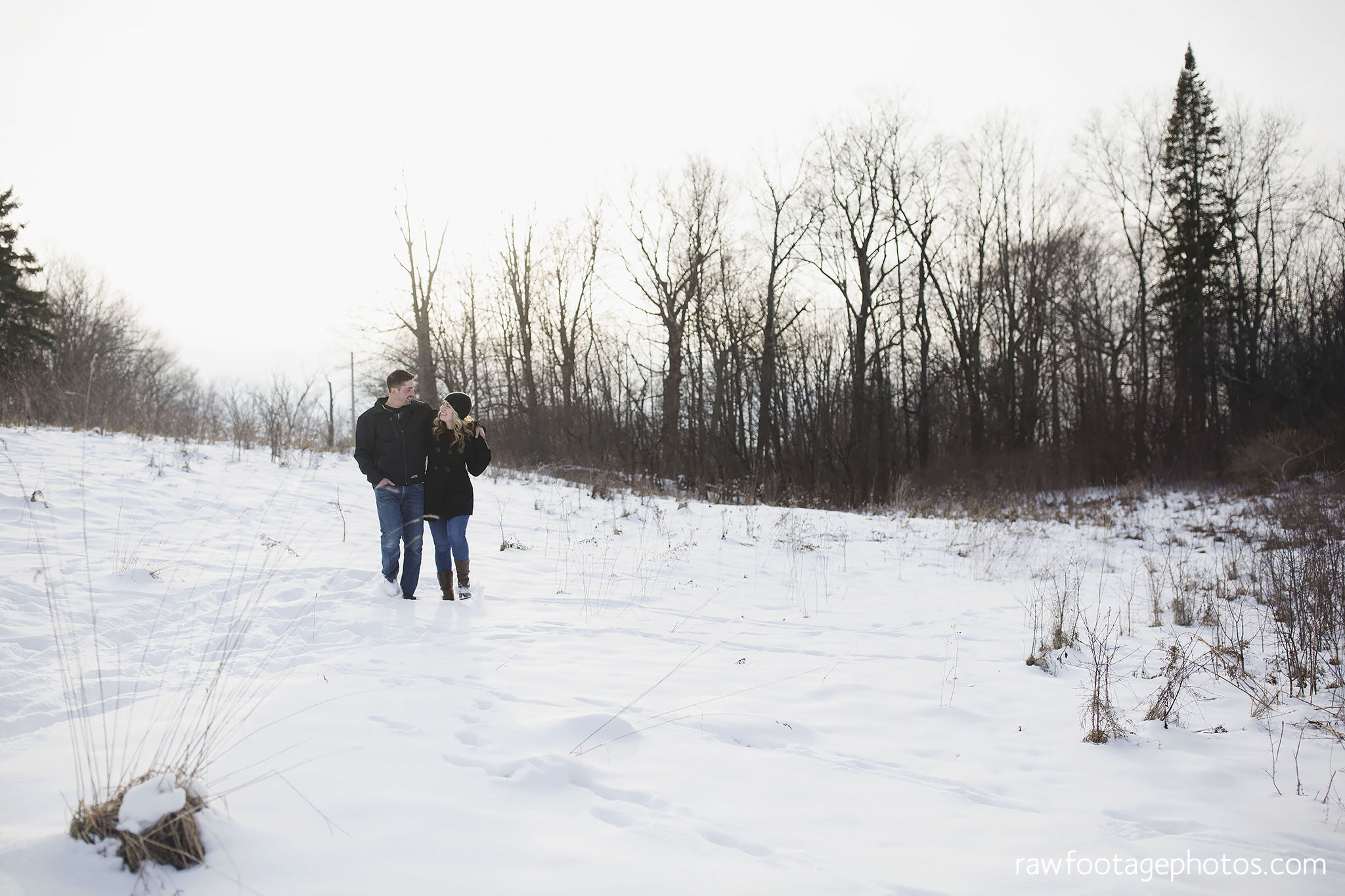 london_ontario_wedding_photographer-engagement_session-winter_engagement_photos-raw_footage_photography001.jpg