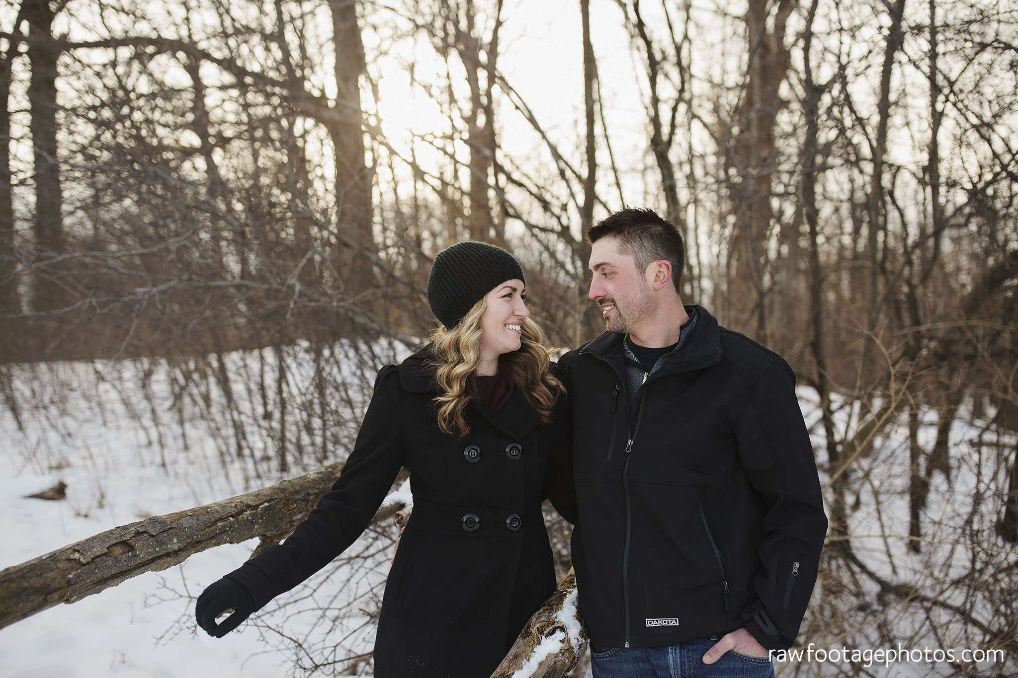 london_ontario_wedding_photographer-engagement_session-winter_engagement_photos-raw_footage_photography005.jpg