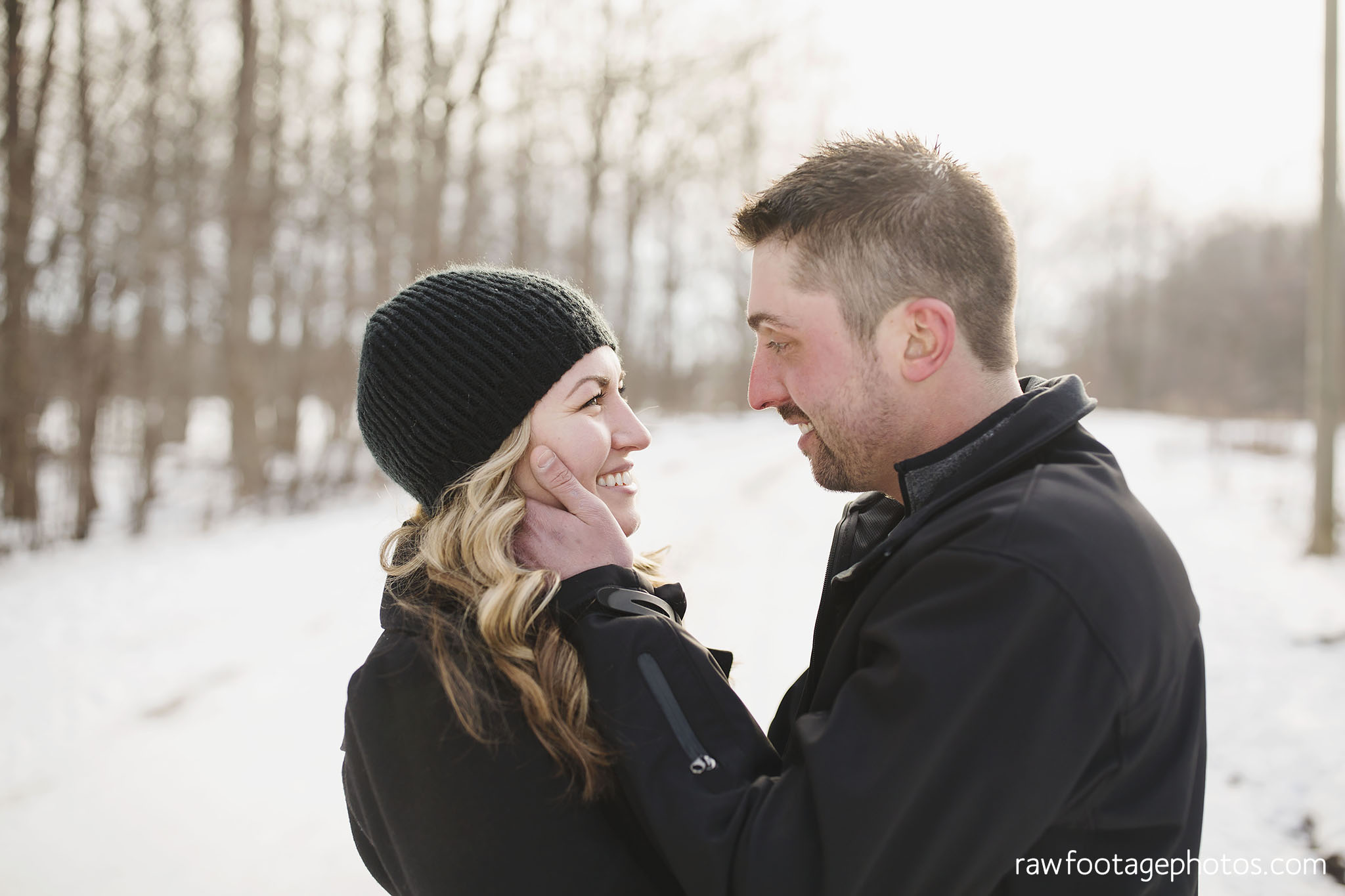london_ontario_wedding_photographer-engagement_session-winter_engagement_photos-raw_footage_photography007.jpg