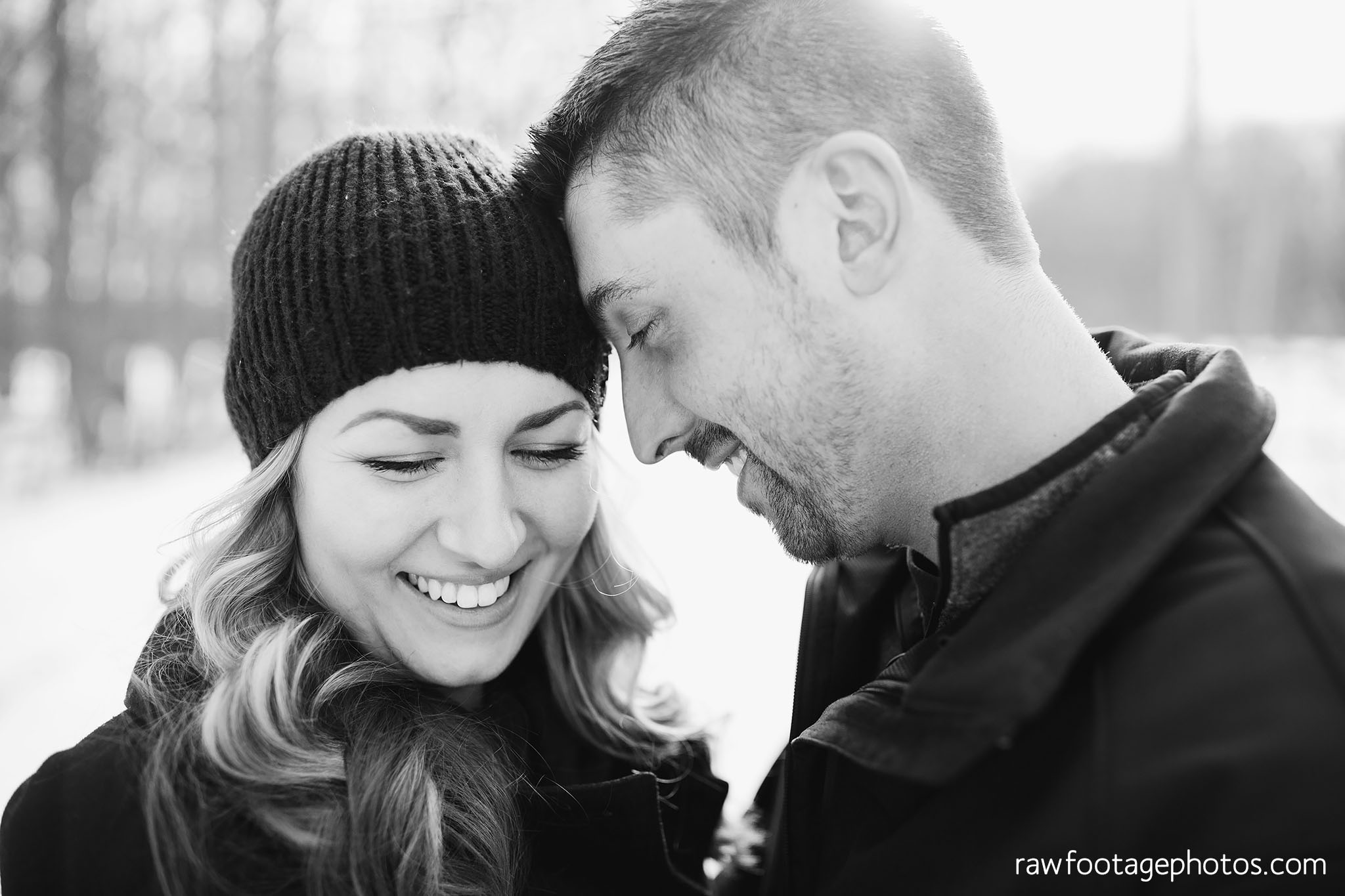 london_ontario_wedding_photographer-engagement_session-winter_engagement_photos-raw_footage_photography009.jpg