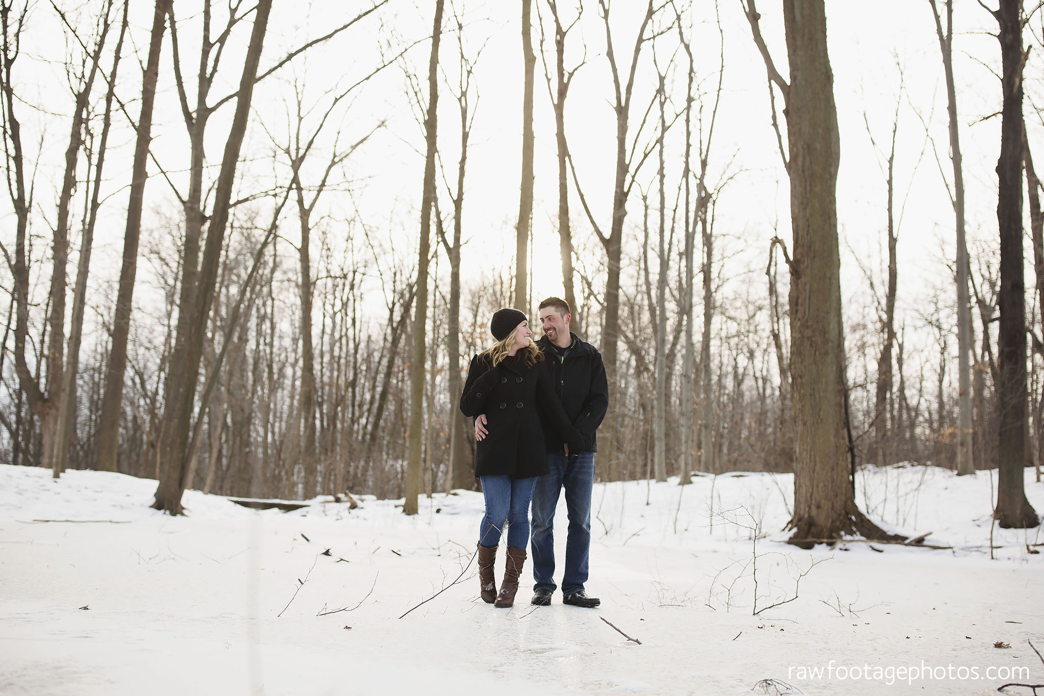 london_ontario_wedding_photographer-engagement_session-winter_engagement_photos-raw_footage_photography010.jpg