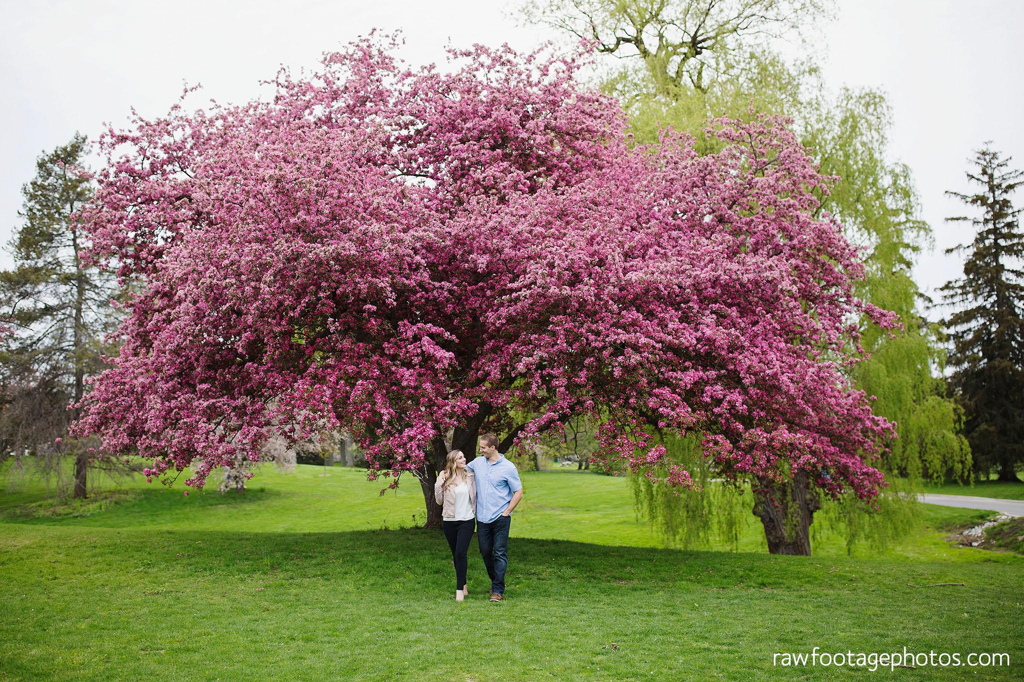 london_ontario_wedding_photographer-raw_footage_photography-engagement_session-engagement_photos-spring-blossoms-blooms001.jpg