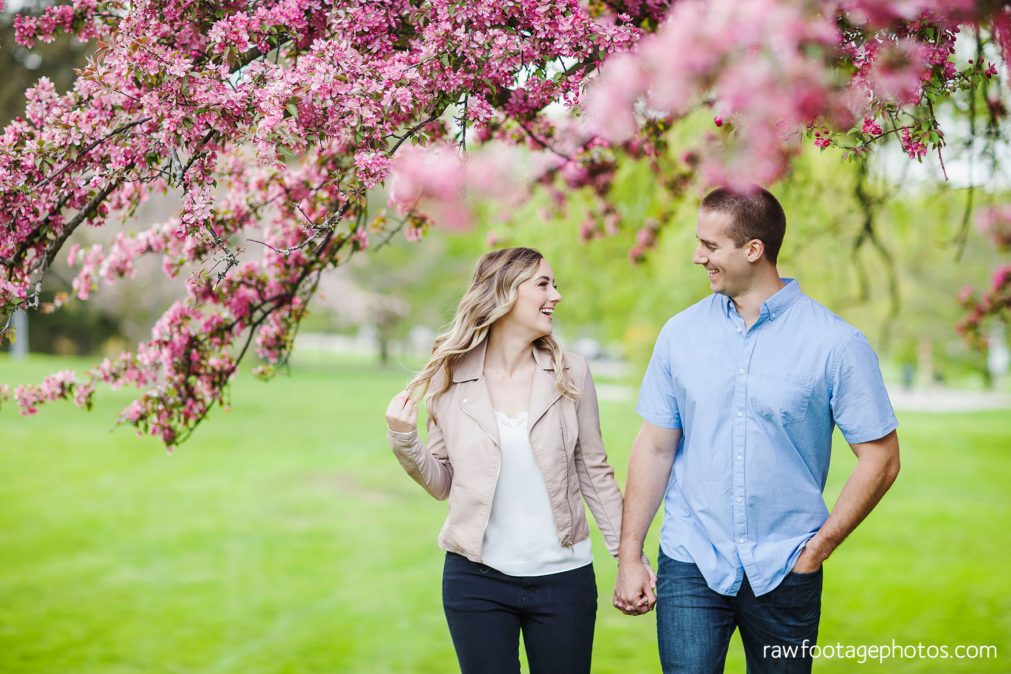 london_ontario_wedding_photographer-raw_footage_photography-engagement_session-engagement_photos-spring-blossoms-blooms004.jpg