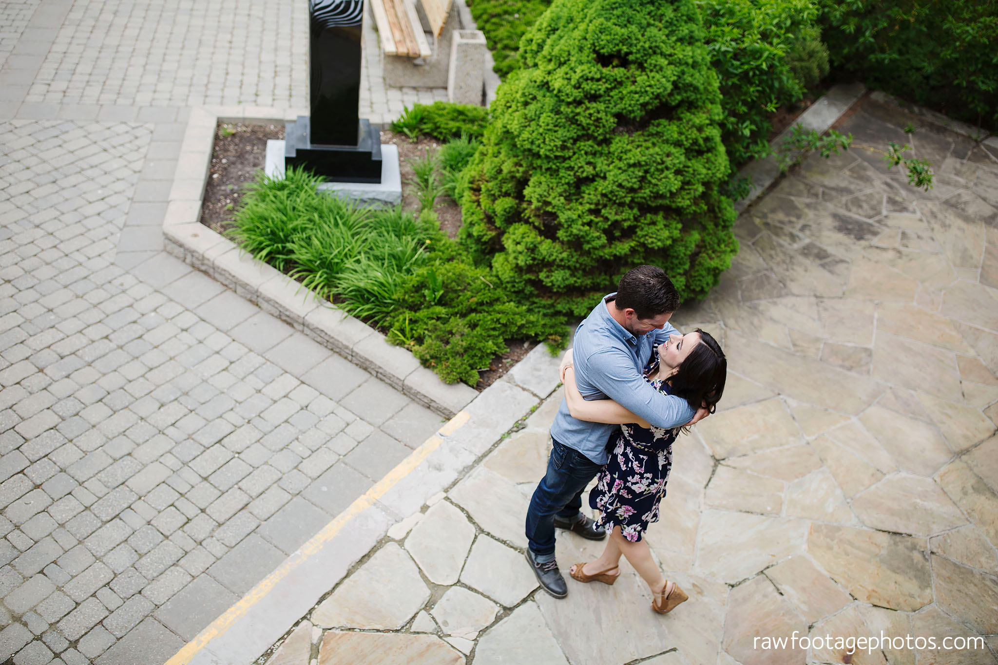 london_ontario_wedding_photographer-raw_footage_photography-engagement_session-campus_session-kings_college-uwo-spring_blooms002.jpg