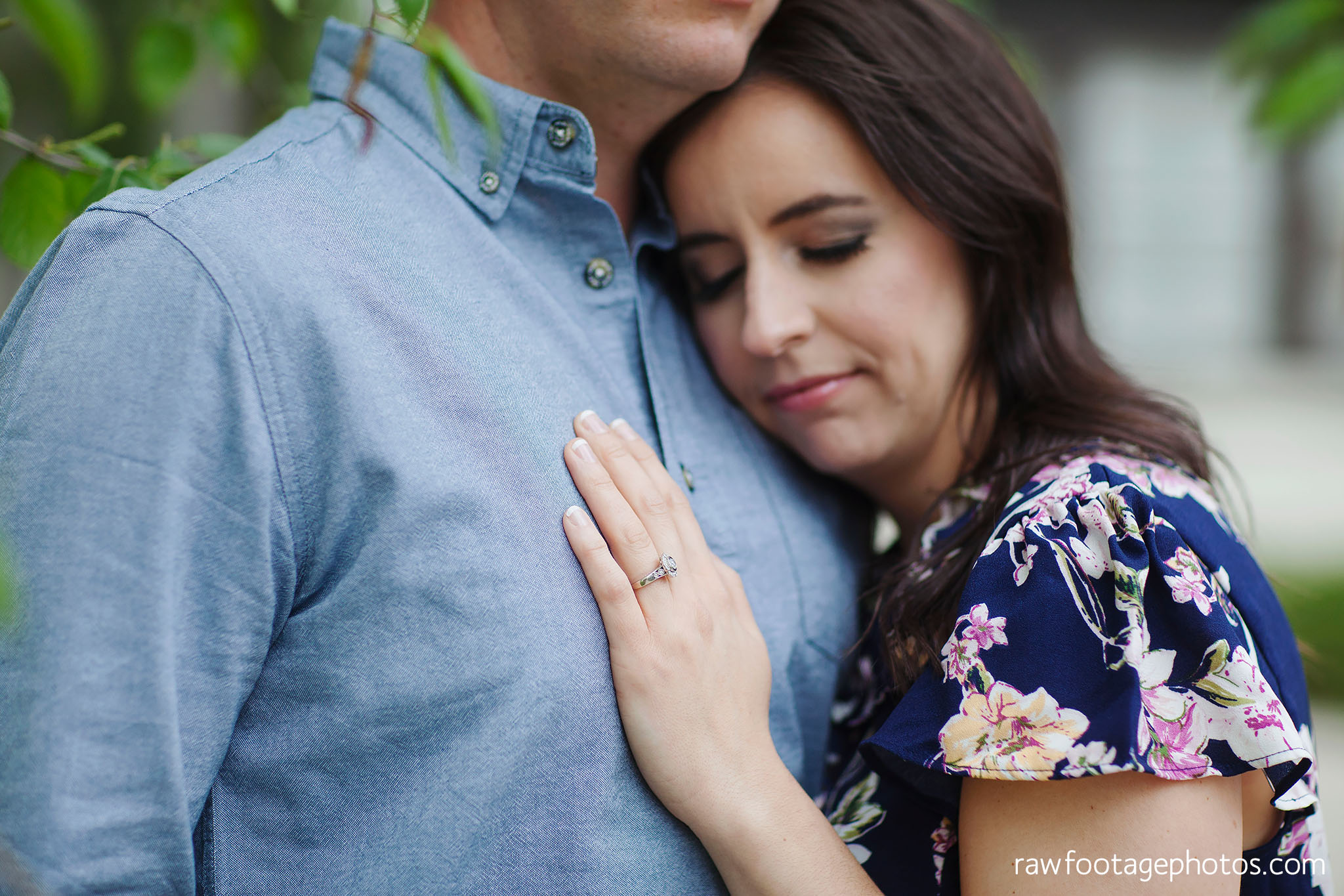 london_ontario_wedding_photographer-raw_footage_photography-engagement_session-campus_session-kings_college-uwo-spring_blooms021.jpg