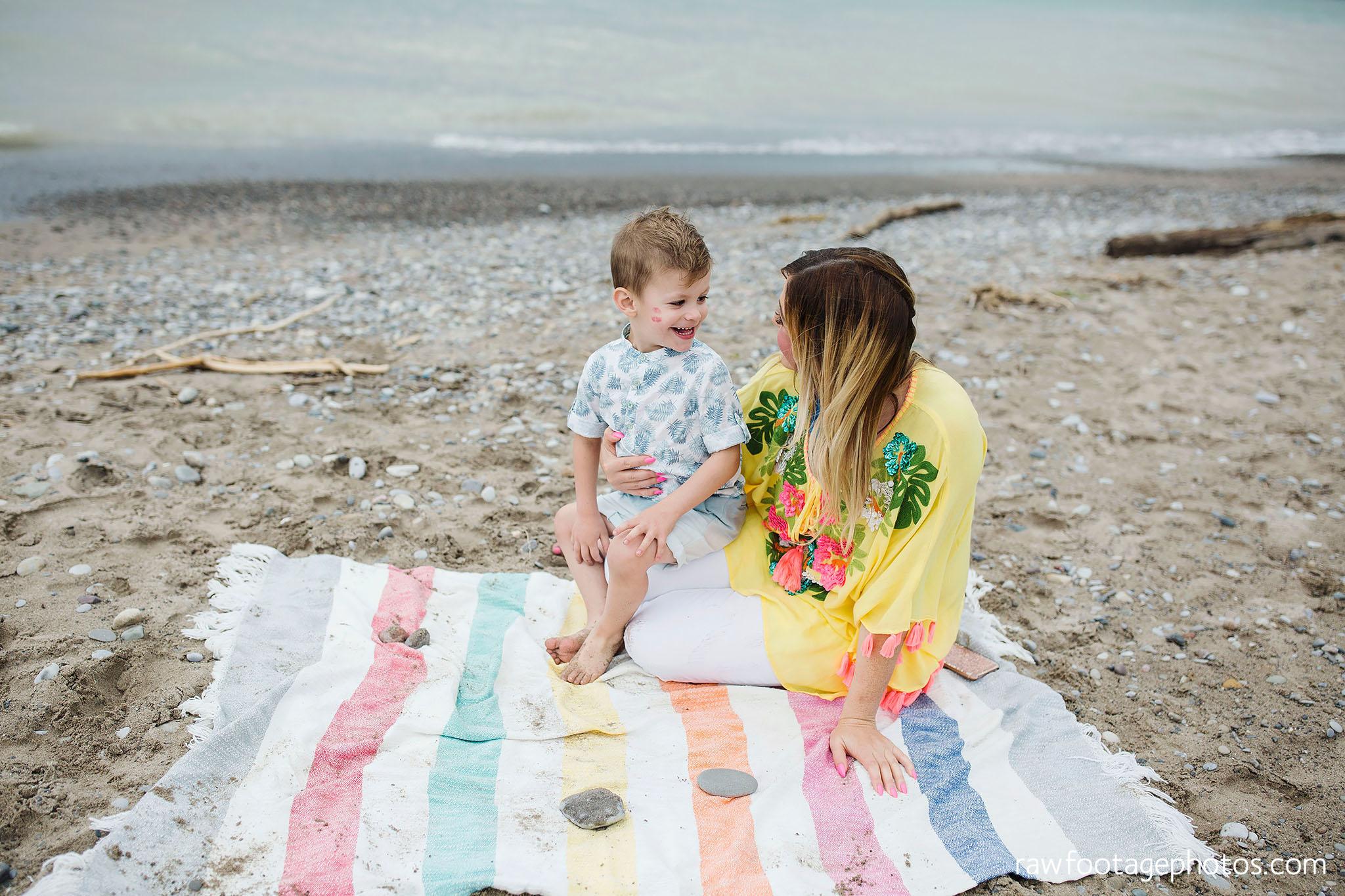 london_ontario_photographer-raw_footage_photography-beach_minis-port_stanley_beach-family_photographer-couple_photographer-lifestyle_photographer010.jpg