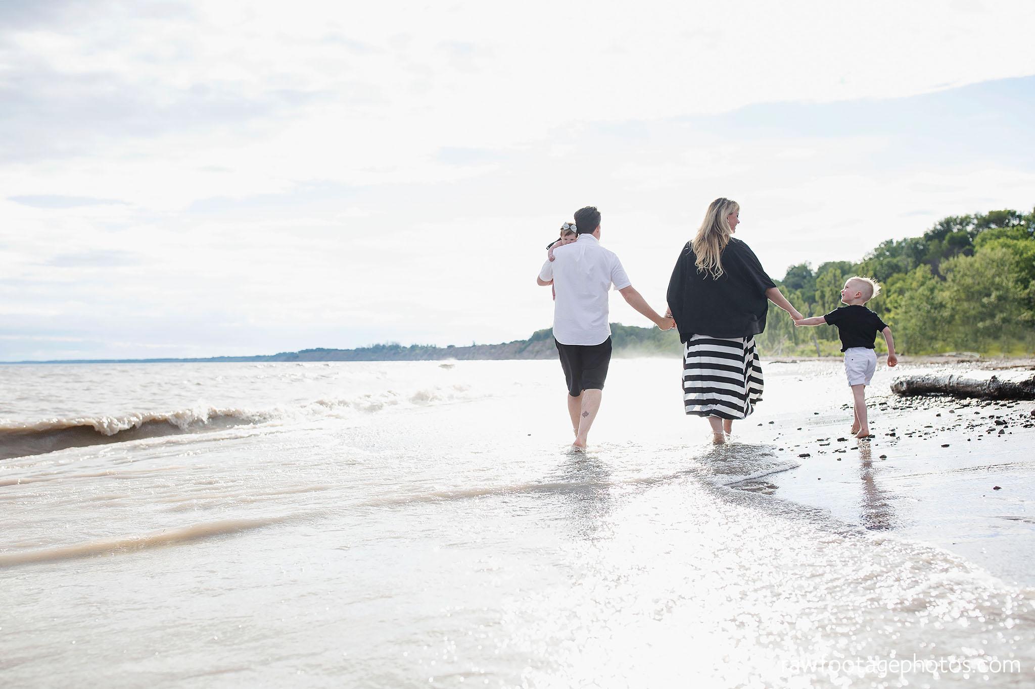 london_ontario_photographer-raw_footage_photography-beach_minis-port_stanley_beach-family_photographer-couple_photographer-lifestyle_photographer045.jpg