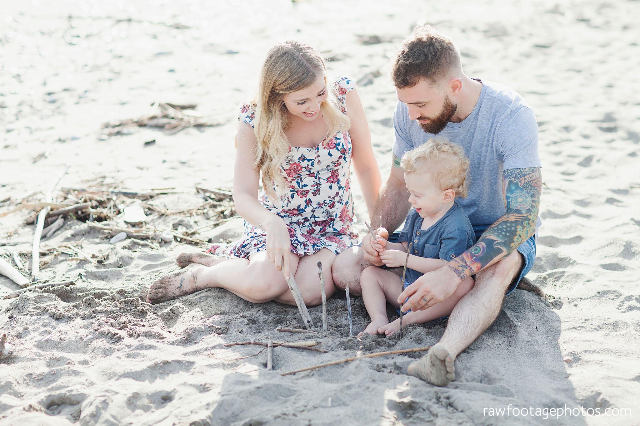 london_ontario_photographer-raw_footage_photography-beach_minis-port_stanley_beach-family_photographer-couple_photographer-lifestyle_photographer051.jpg
