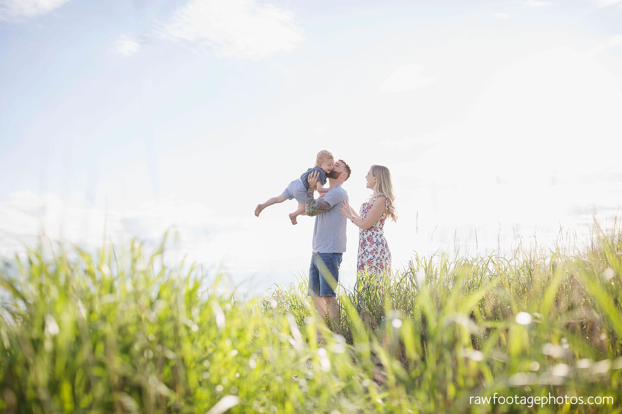 london_ontario_photographer-raw_footage_photography-beach_minis-port_stanley_beach-family_photographer-couple_photographer-lifestyle_photographer057.jpg
