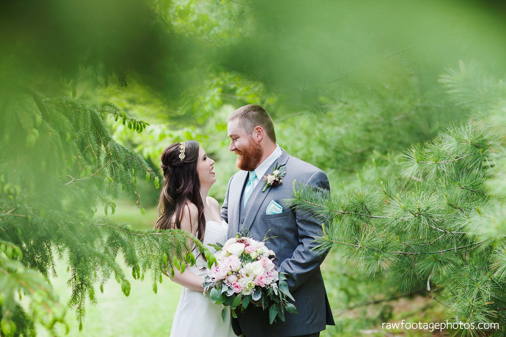london_ontario_wedding_photographer-century_wedding_barn-raw_footage_photography-diy_wedding025.jpg