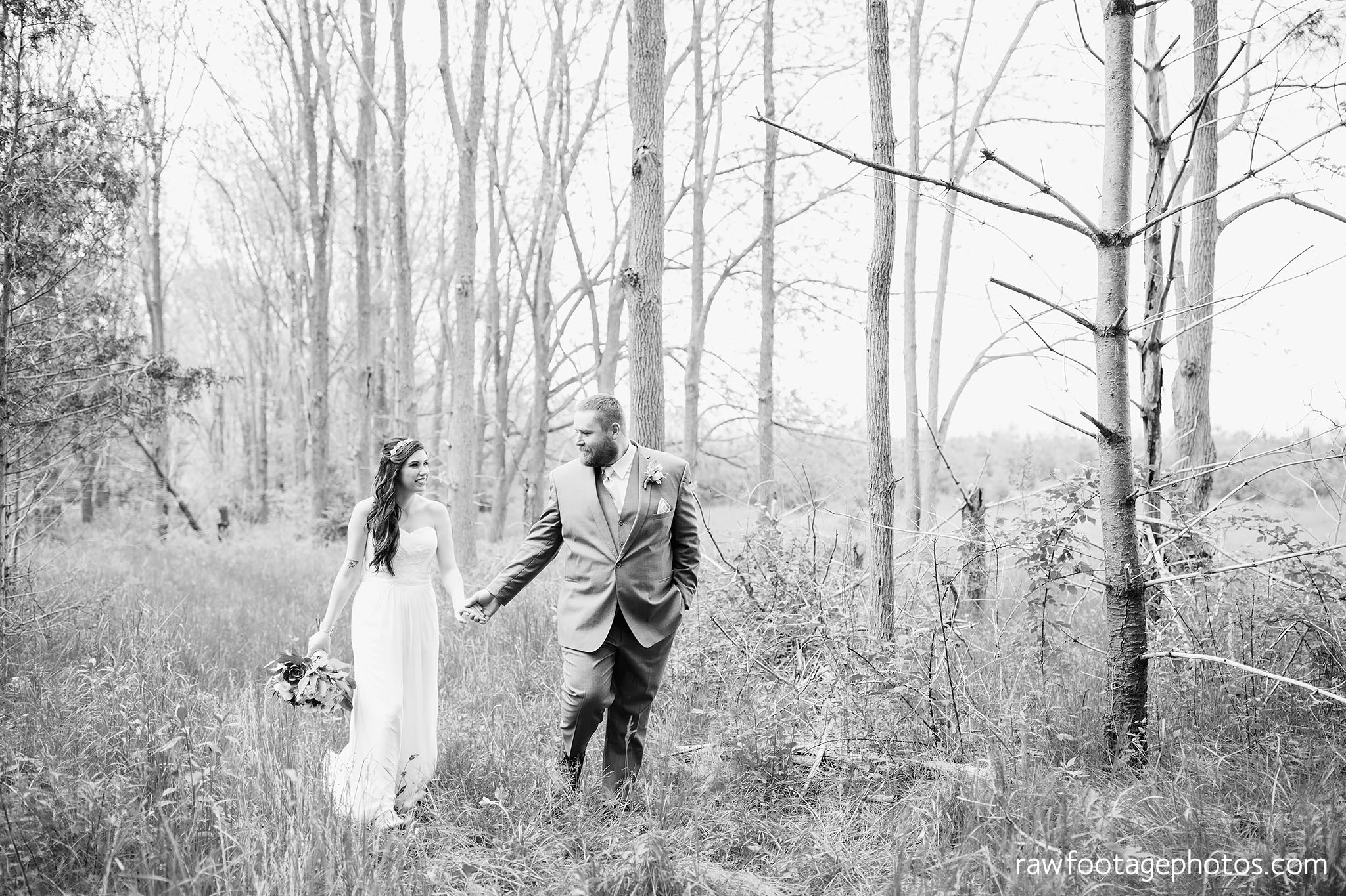 london_ontario_wedding_photographer-century_wedding_barn-raw_footage_photography-diy_wedding040.jpg