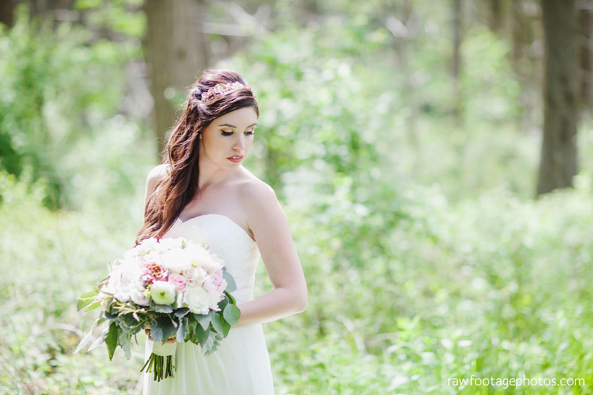 london_ontario_wedding_photographer-century_wedding_barn-raw_footage_photography-diy_wedding043.jpg