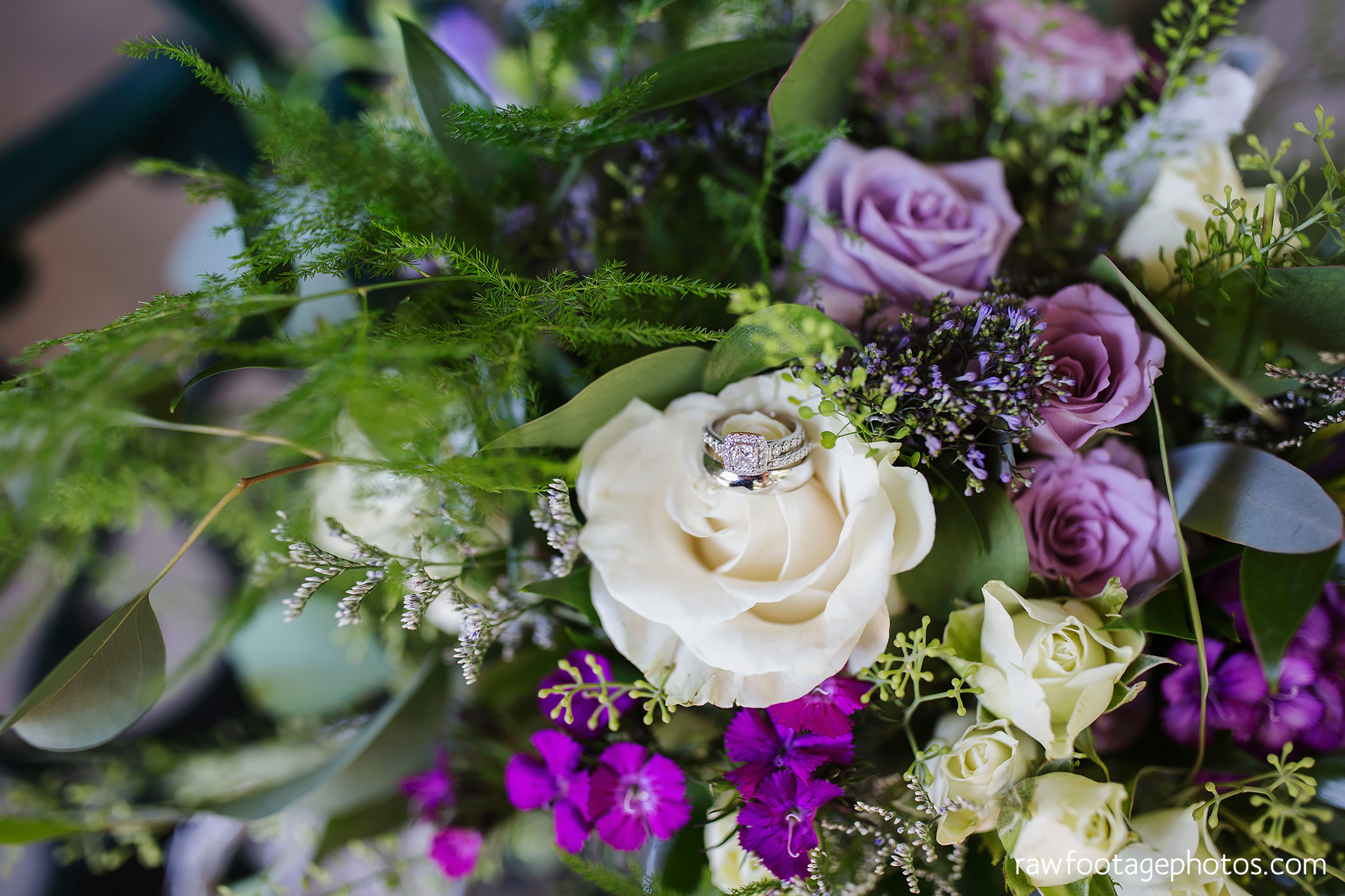 london_ontario_wedding_photographer-grand_bend_wedding_photographer-oakwood_resort_wedding-beach_wedding-sunset_wedding-raw_footage_photography013.jpg