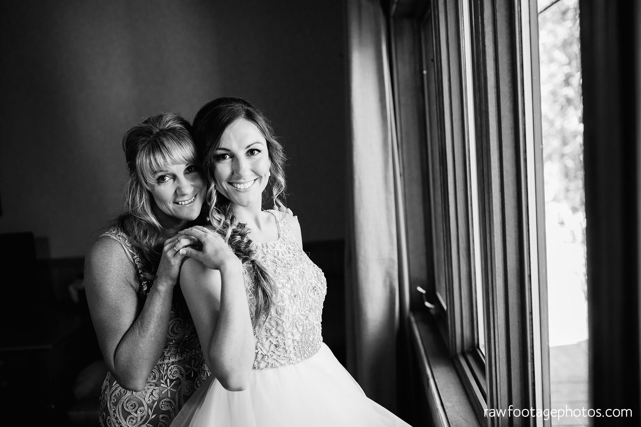 london_ontario_wedding_photographer-grand_bend_wedding_photographer-oakwood_resort_wedding-beach_wedding-sunset_wedding-raw_footage_photography019.jpg