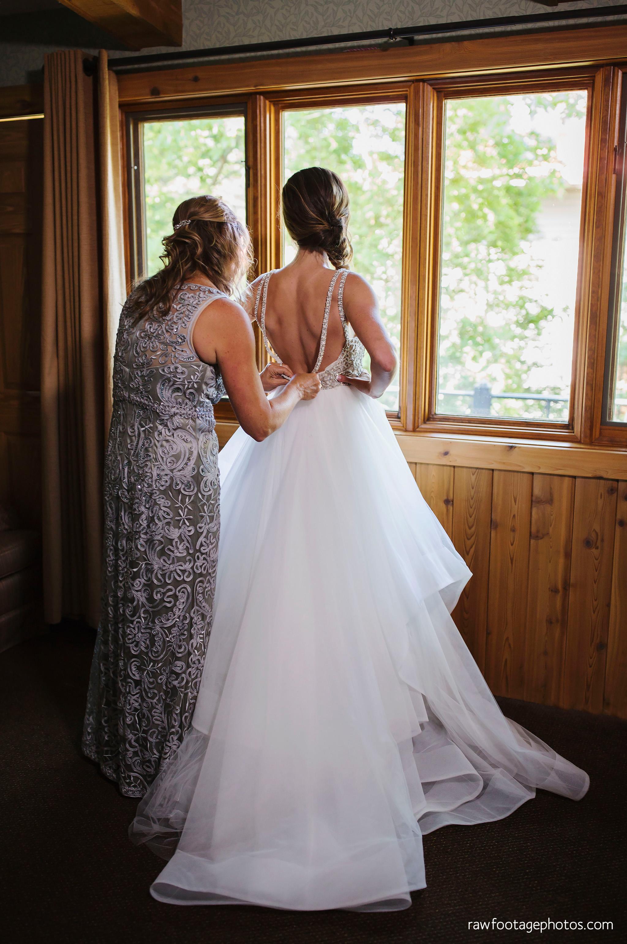 london_ontario_wedding_photographer-grand_bend_wedding_photographer-oakwood_resort_wedding-beach_wedding-sunset_wedding-raw_footage_photography018.jpg