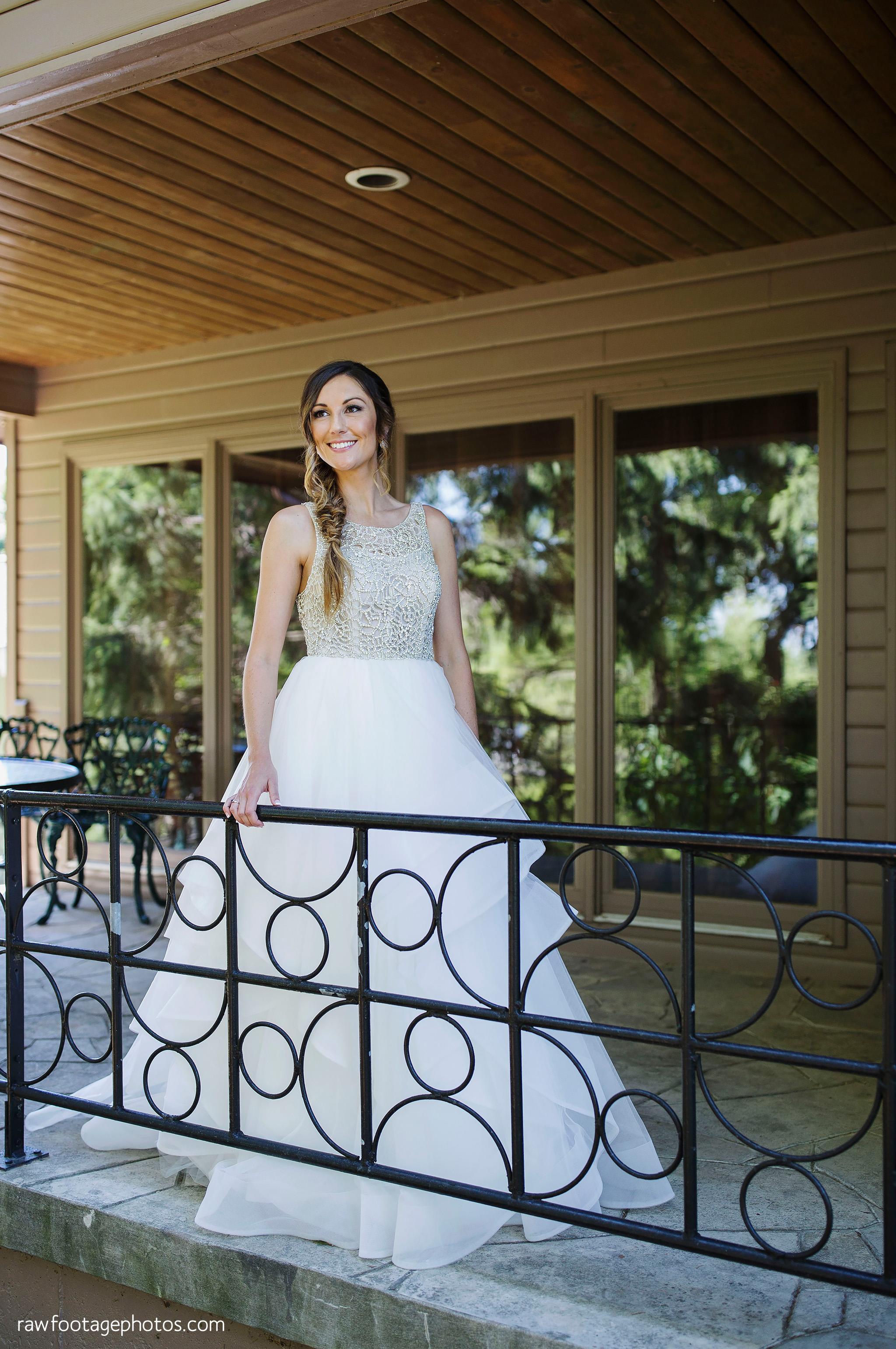 london_ontario_wedding_photographer-grand_bend_wedding_photographer-oakwood_resort_wedding-beach_wedding-sunset_wedding-raw_footage_photography028.jpg