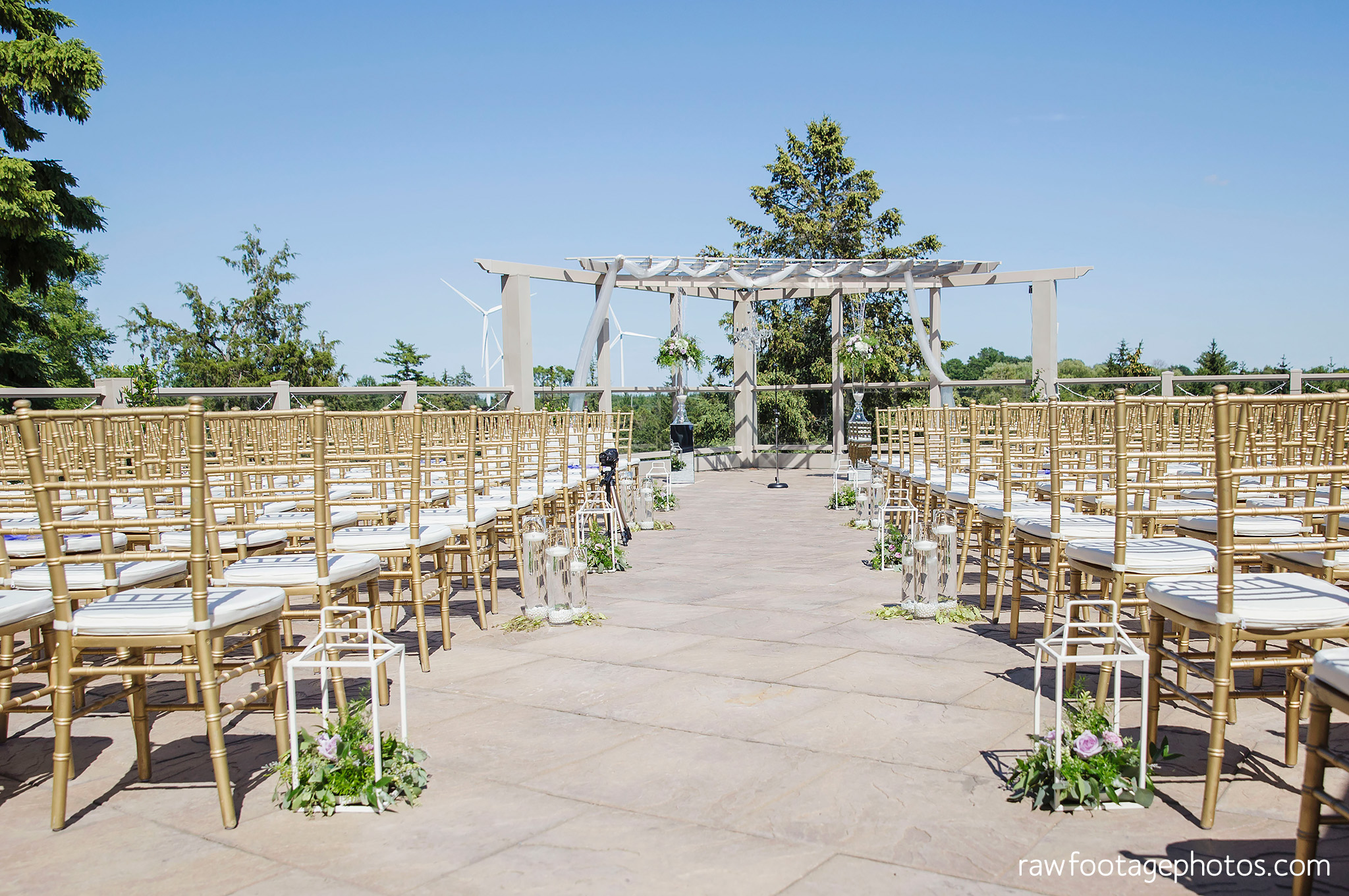 london_ontario_wedding_photographer-grand_bend_wedding_photographer-oakwood_resort_wedding-beach_wedding-sunset_wedding-raw_footage_photography031.jpg