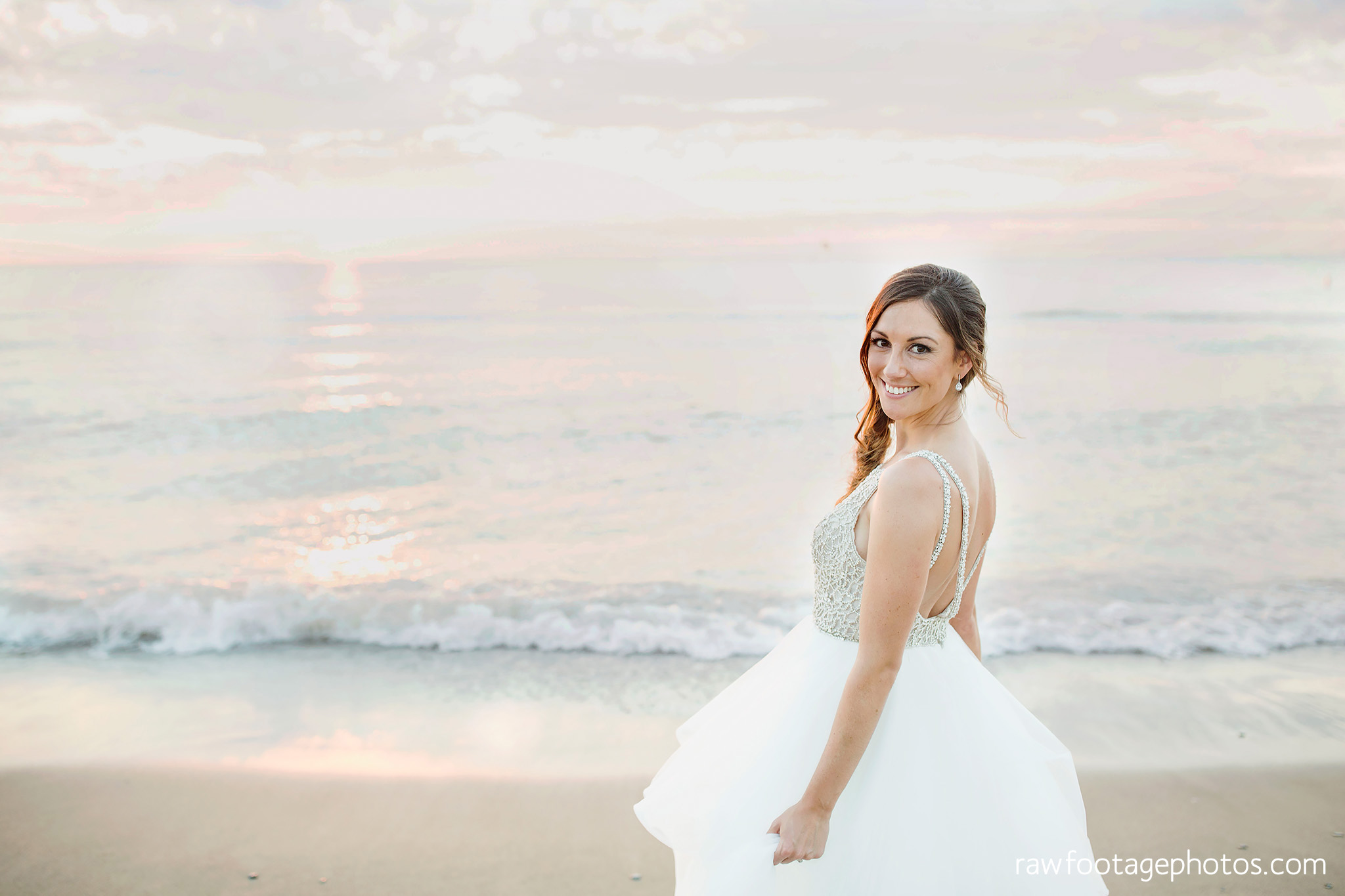 london_ontario_wedding_photographer-grand_bend_wedding_photographer-oakwood_resort_wedding-beach_wedding-sunset_wedding-raw_footage_photography072.jpg