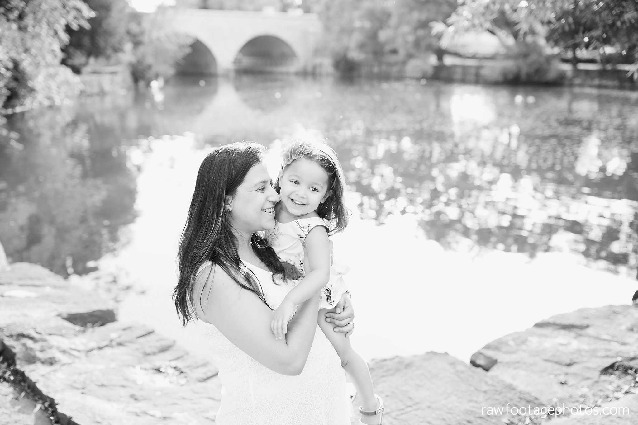 london_ontario_family_photographer-stratford_ontario_photographer-raw_footage_photography-lifestyle_photography-candid-golden_hour002.jpg